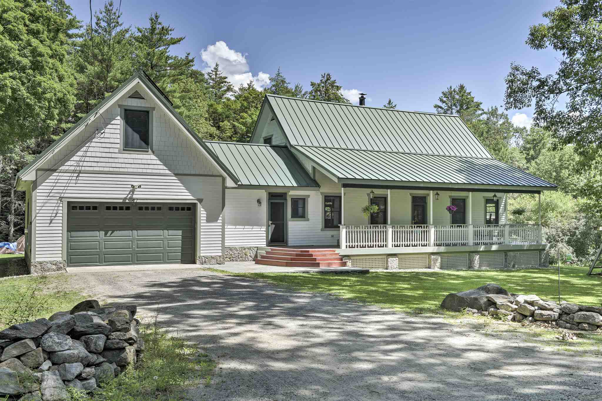 MLS 4820283: 47 Whipple Hill Road, Walpole NH