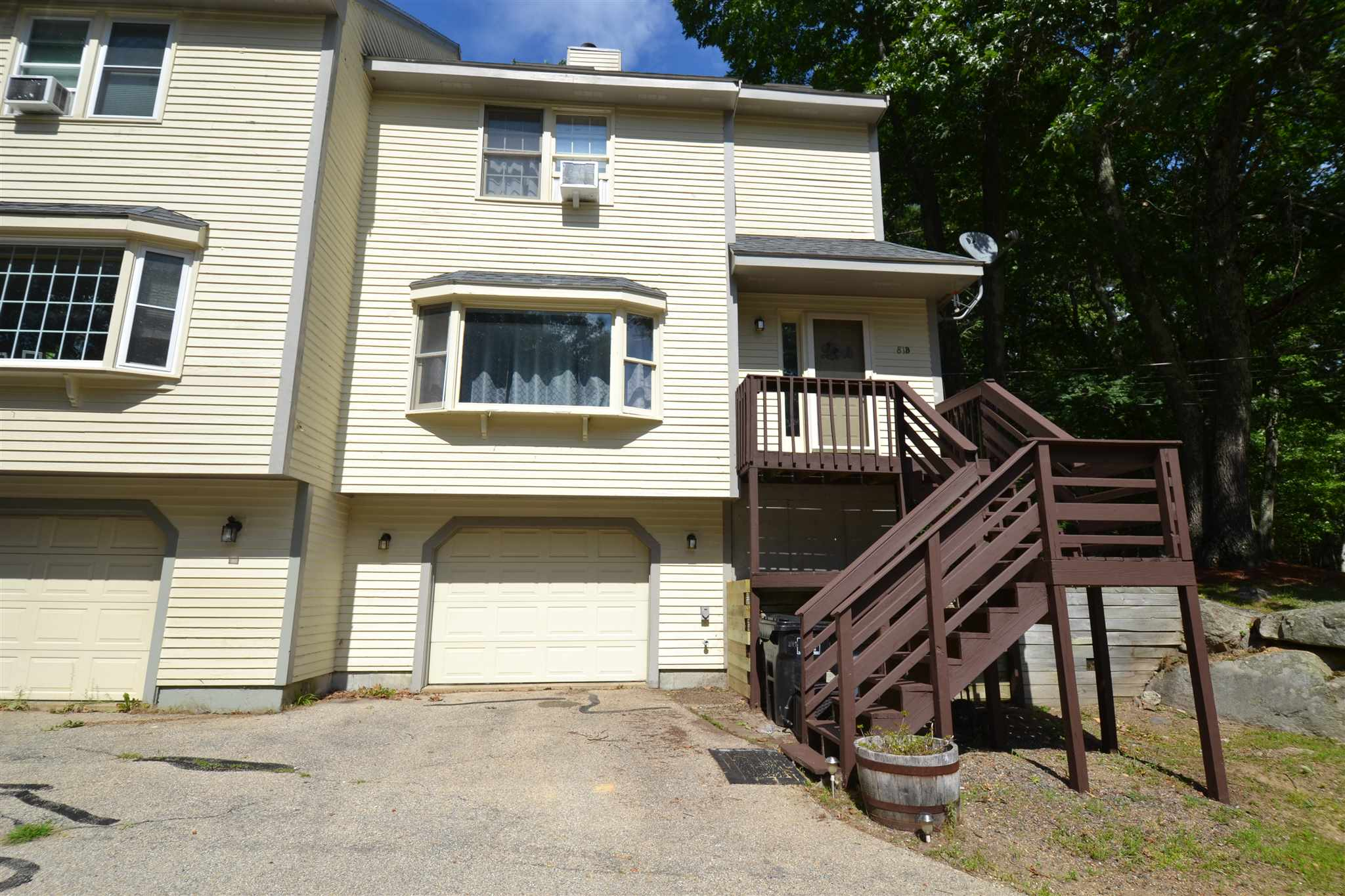 MLS 4821333: 81 Robinson Road-Unit B, Hudson NH