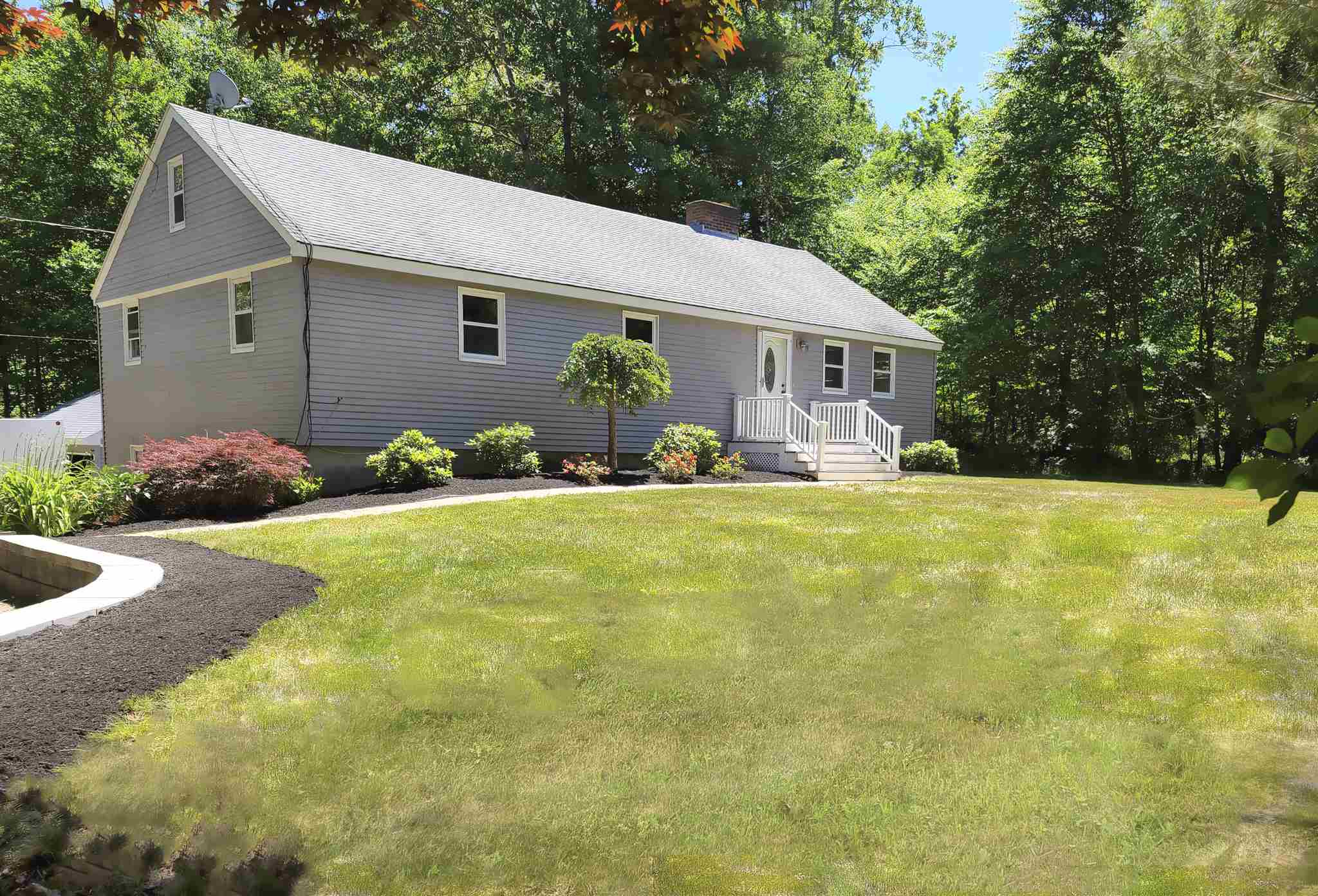 Photo of 75 Whittier Street Newton NH 03858