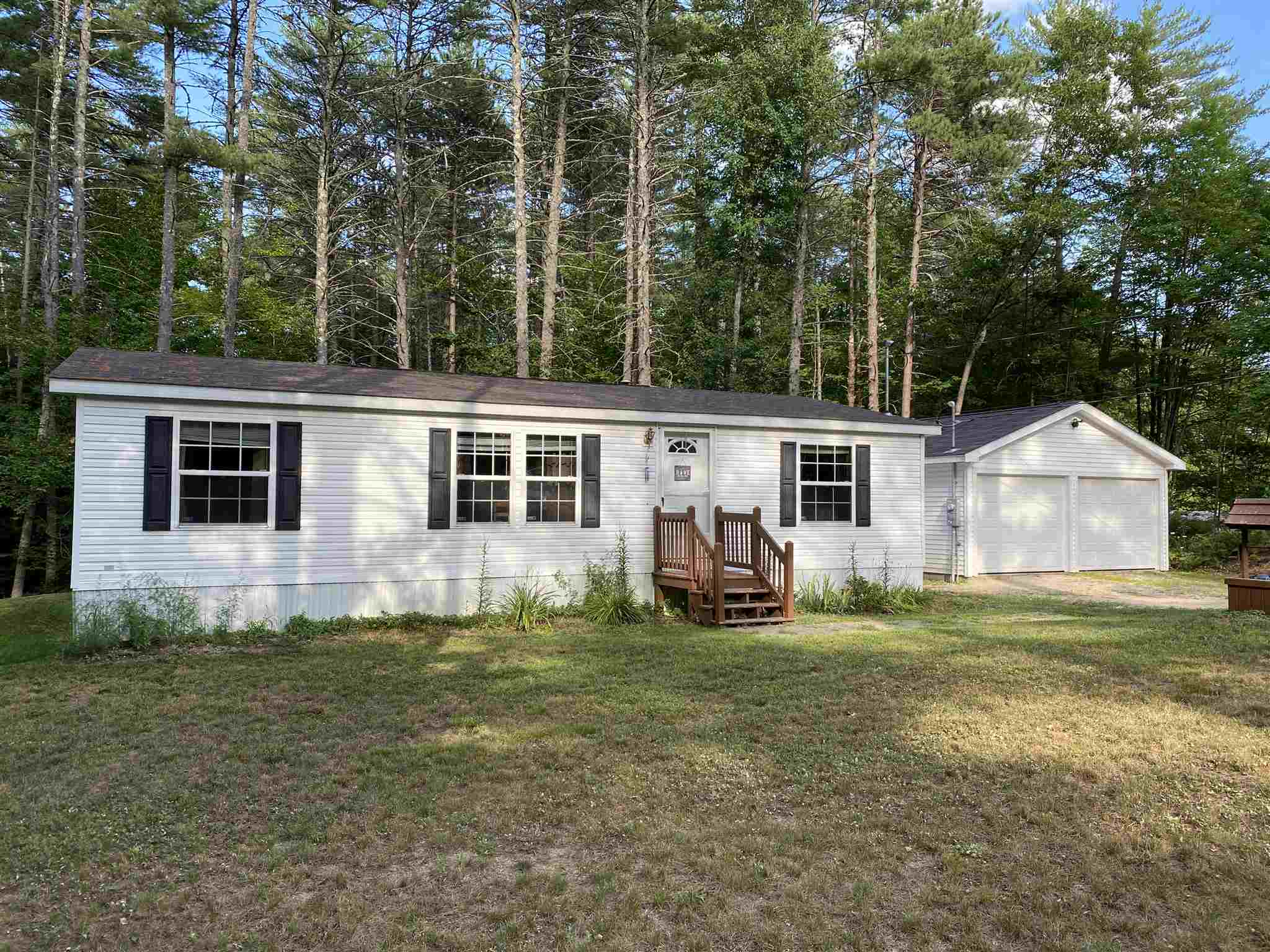 Photo of 100 Effingham Road Ossipee NH 03864