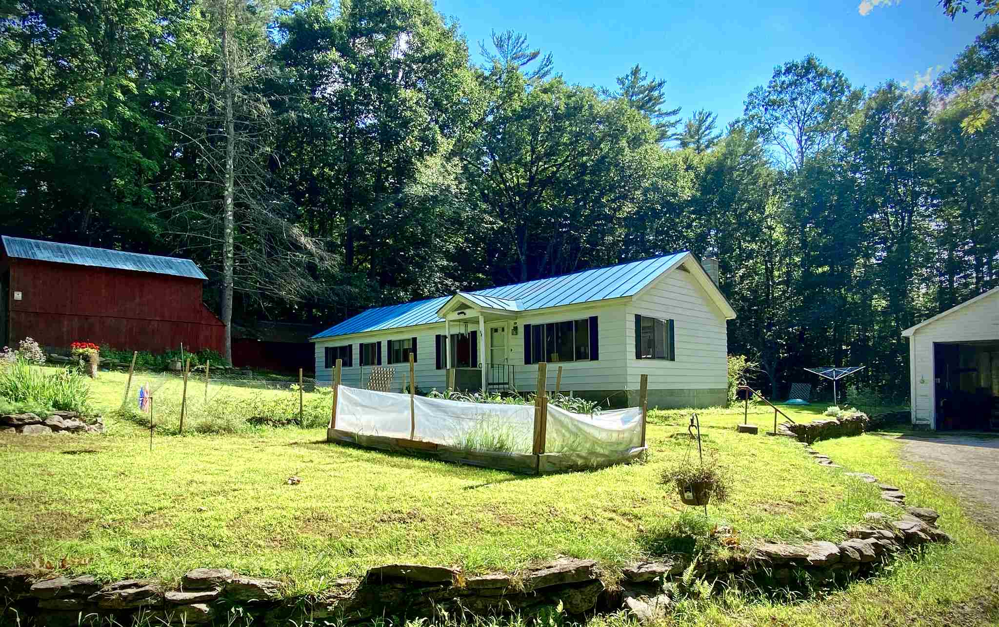 Sunapee NH 03782Home for sale $List Price is $220,000