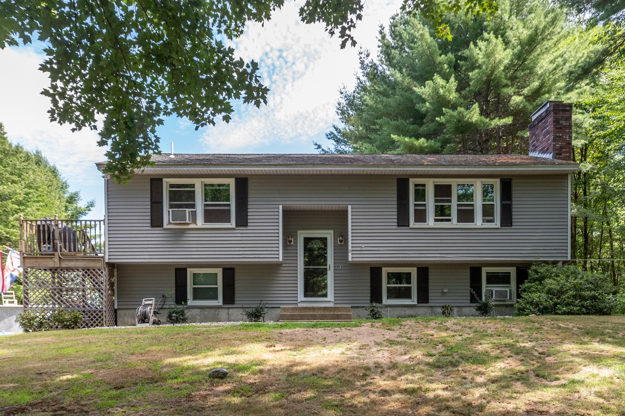 Photo of 6 Southwood Drive Londonderry NH 03053