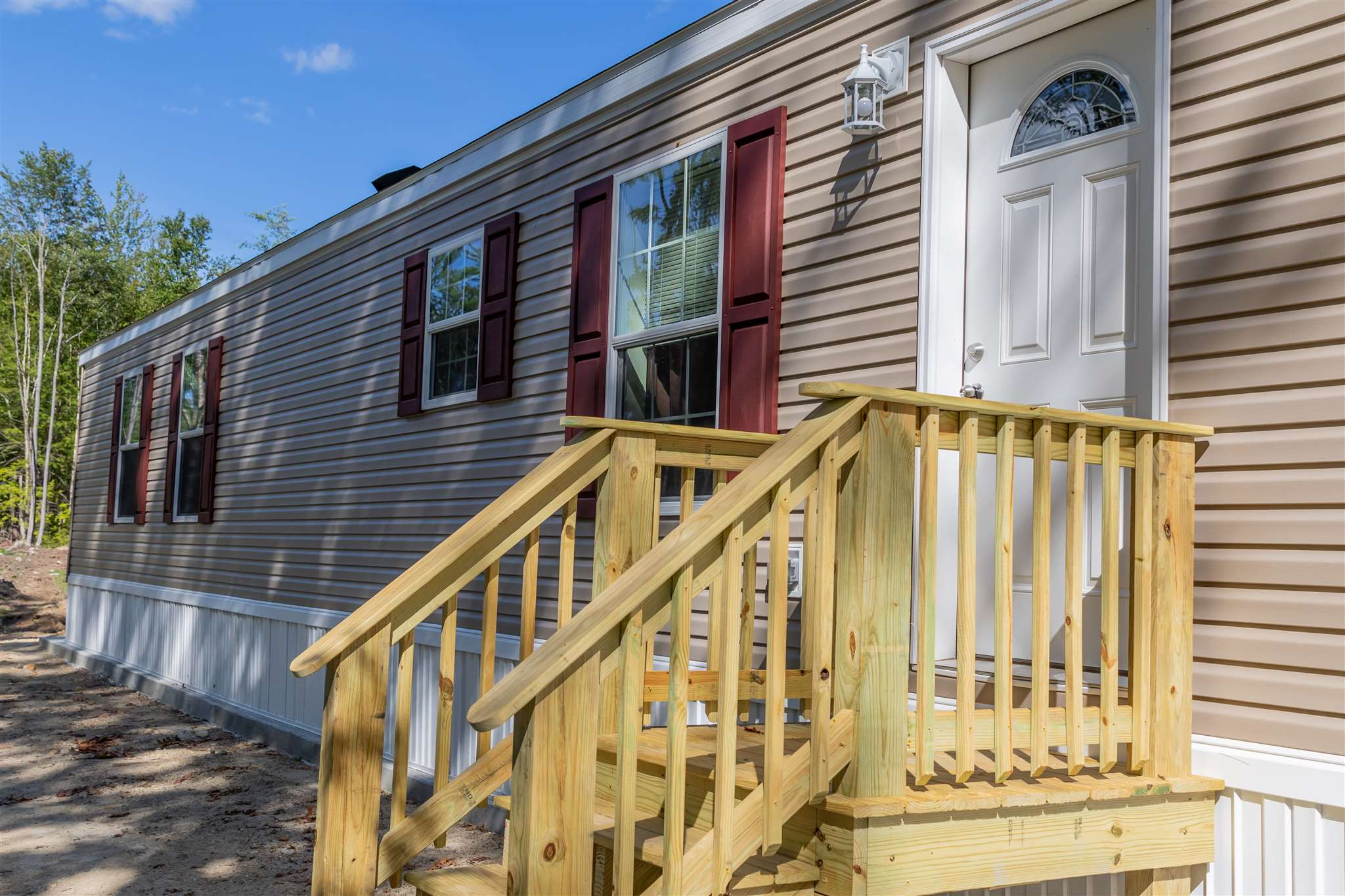 MLS 4825617: 17 Colonial Drive, Troy NH