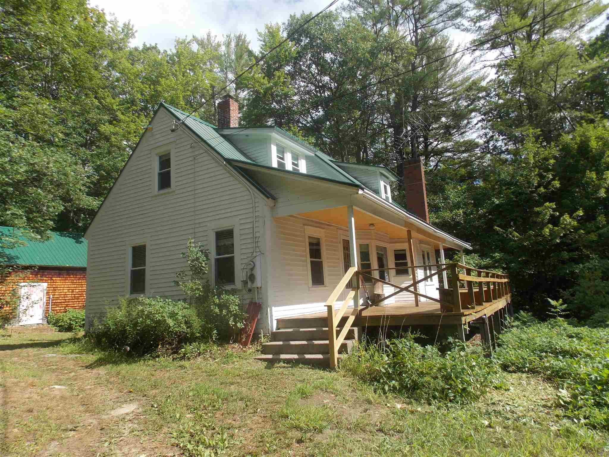 MLS 4826350: 7 Sand Hill Road, Hill NH