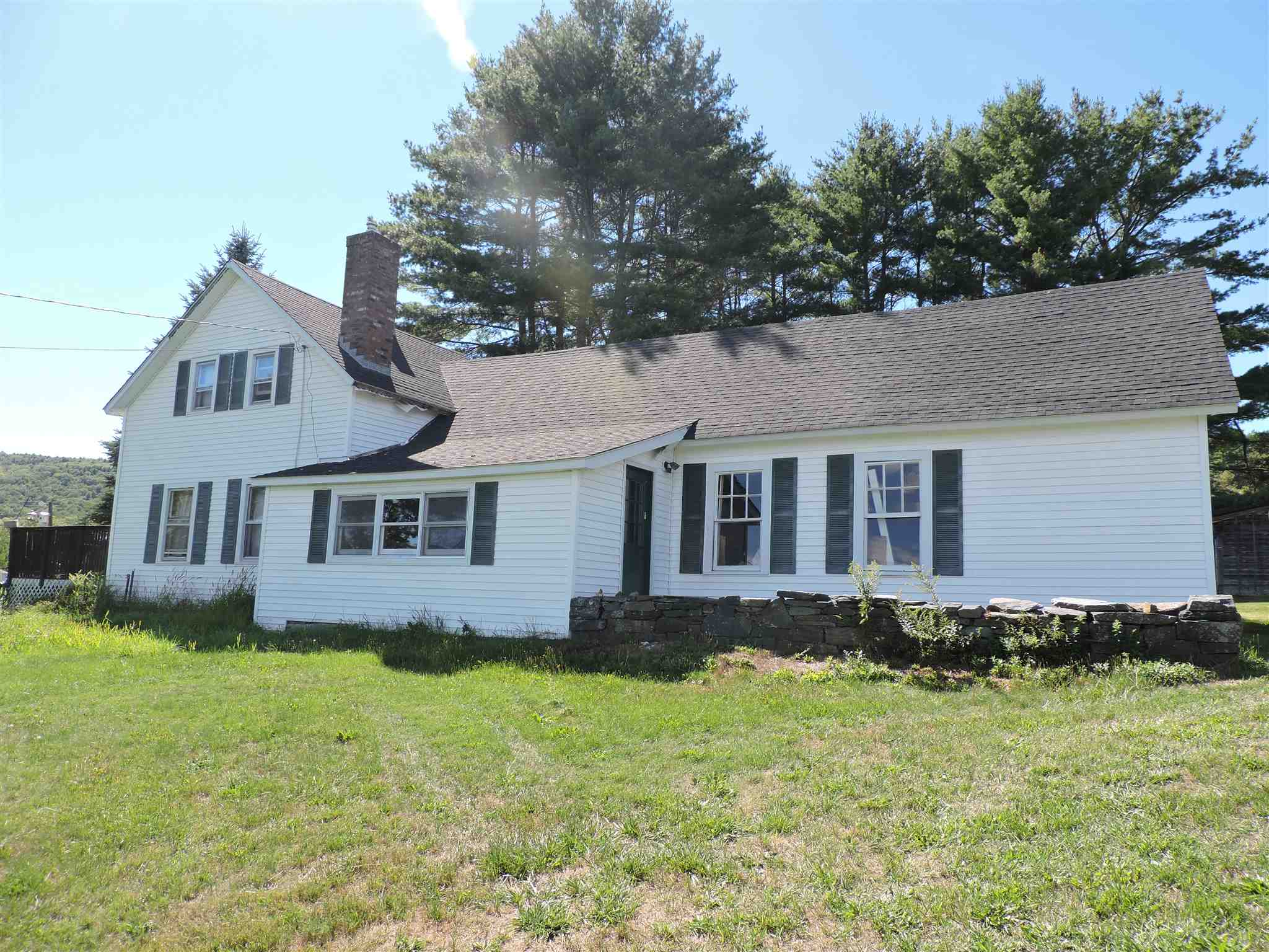MLS 4826996: 15 Estey Lane, Enfield NH