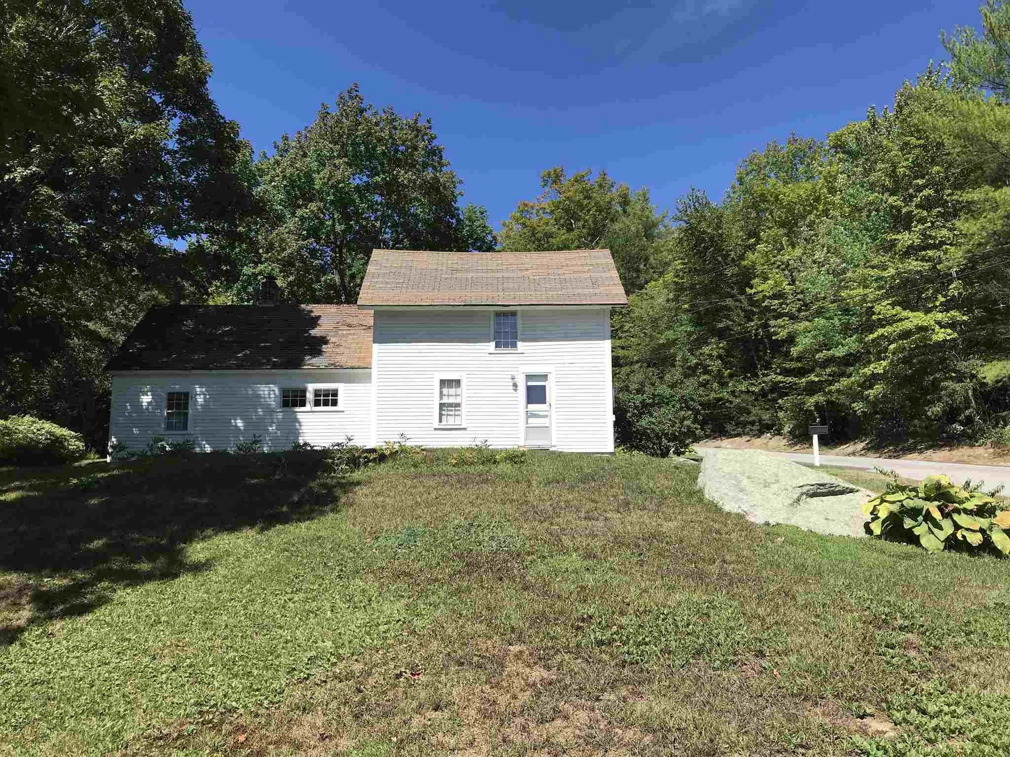 MLS 4827207: 580 Old Main Street, New London NH
