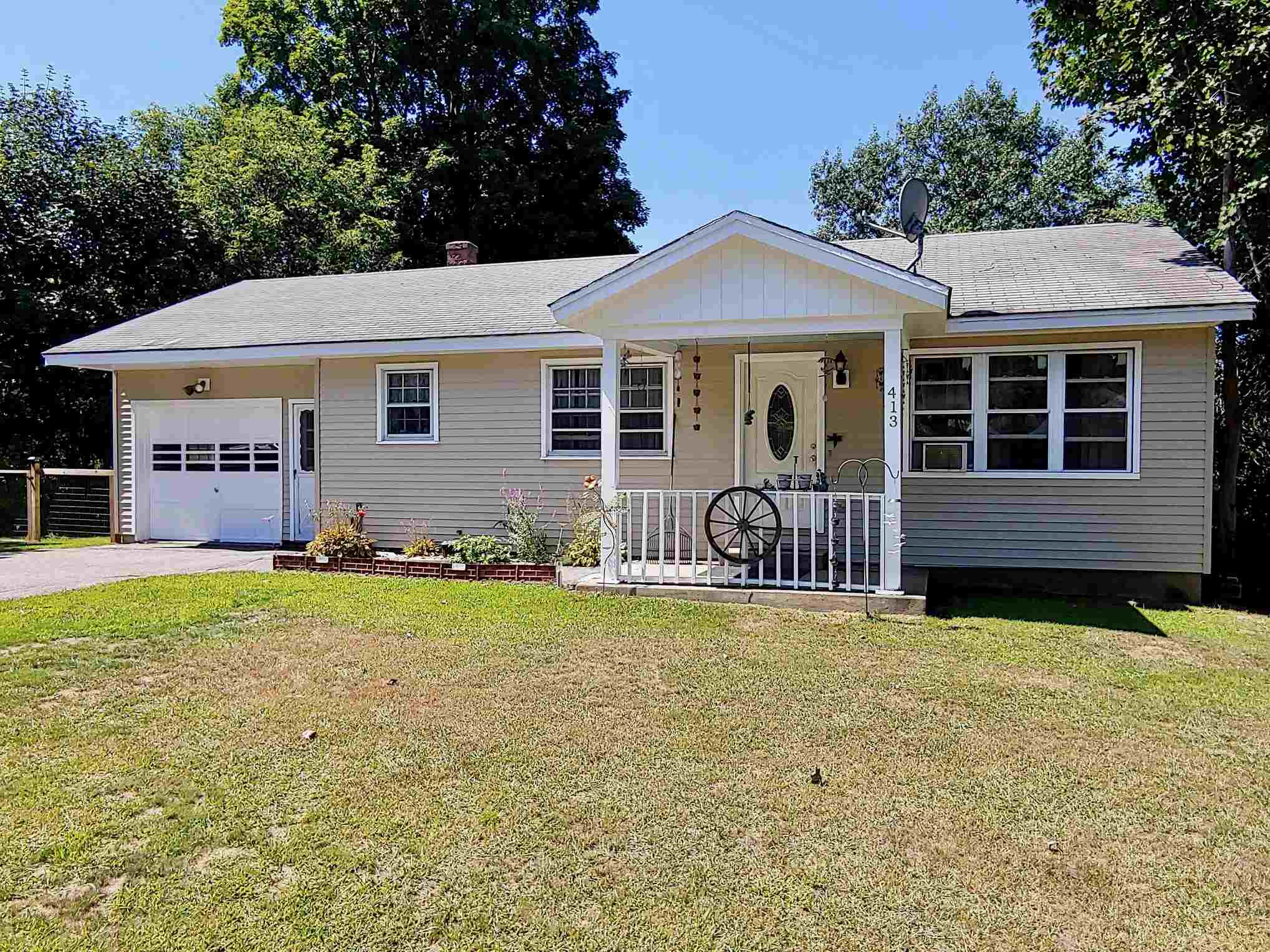 Charlestown NH 03603Home for sale $List Price is $157,500