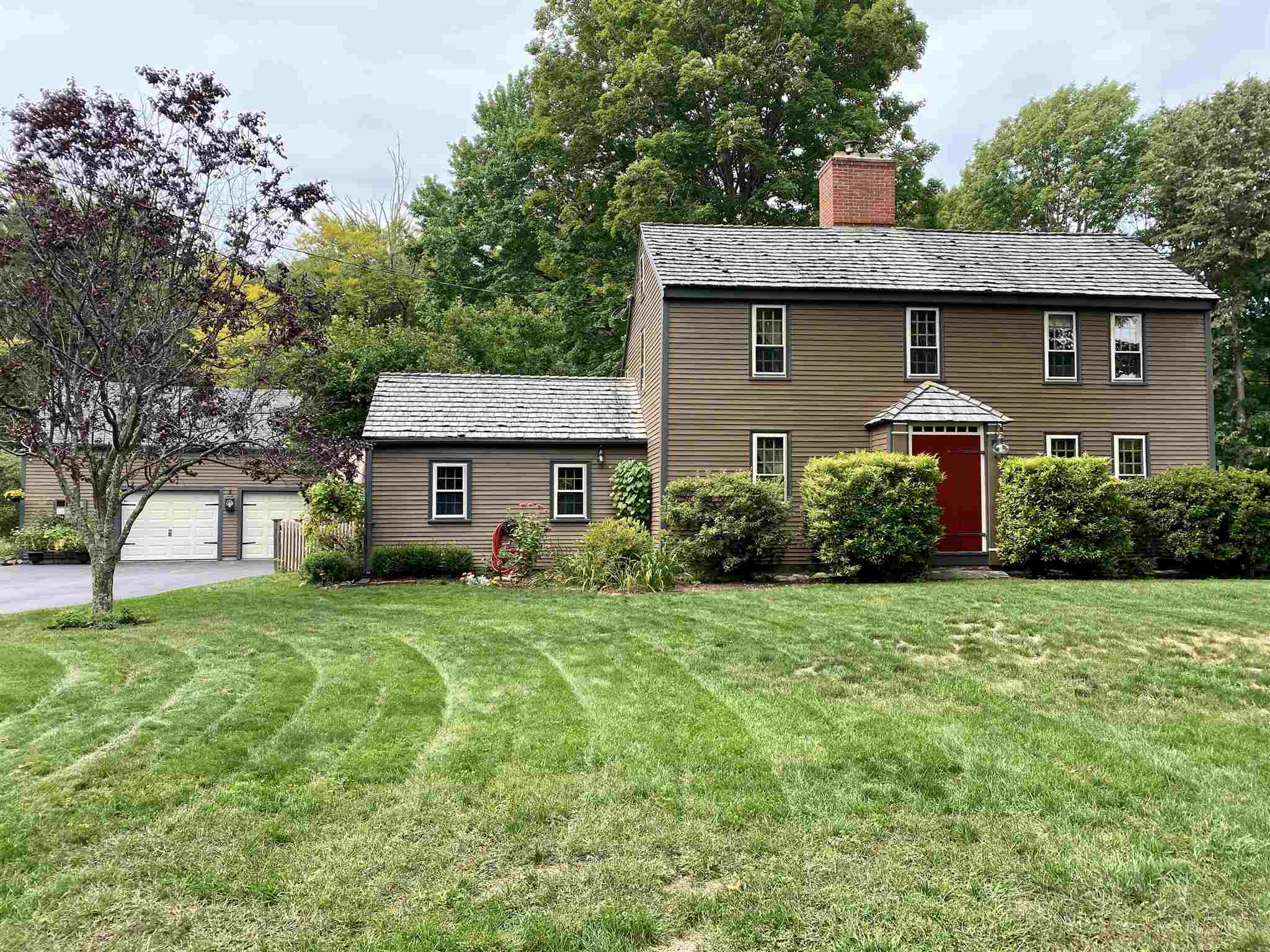 Photo of 32 Sandown Road Danville NH 03819