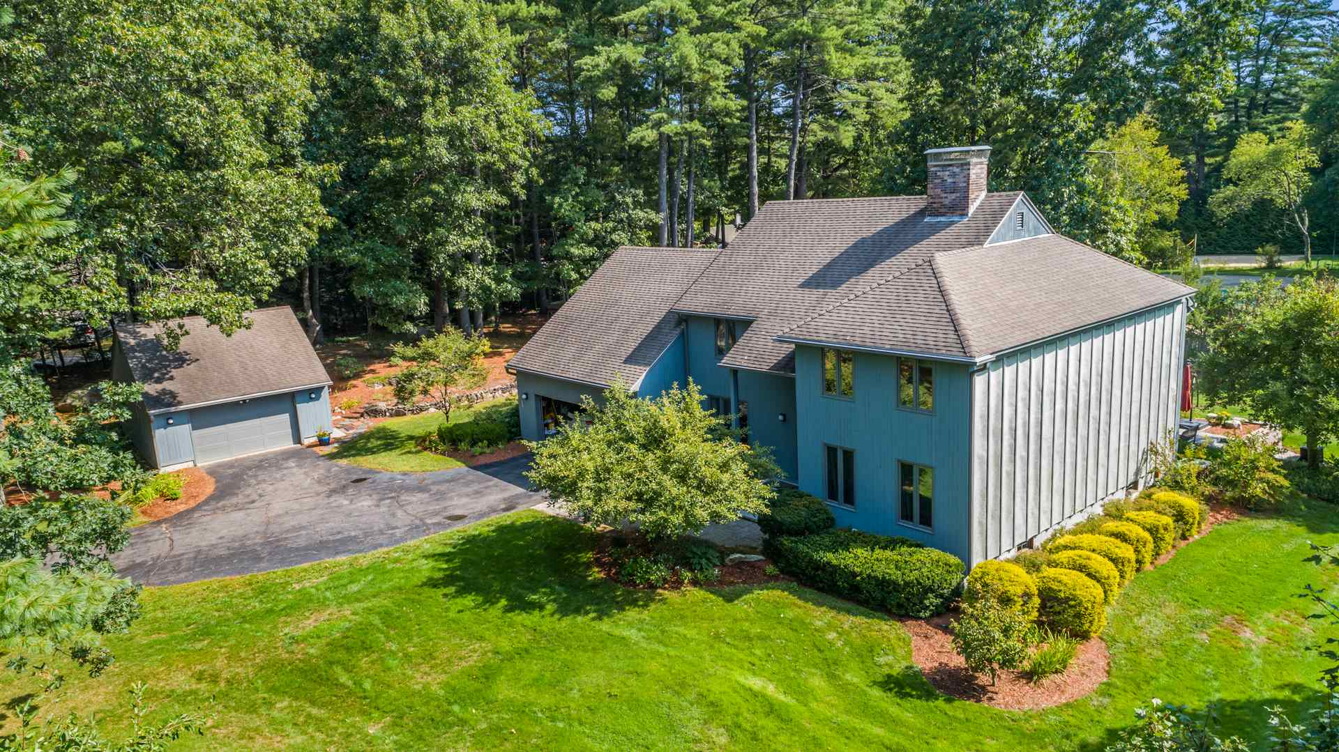 MLS 4828003: 15 Martingale Road, Amherst NH