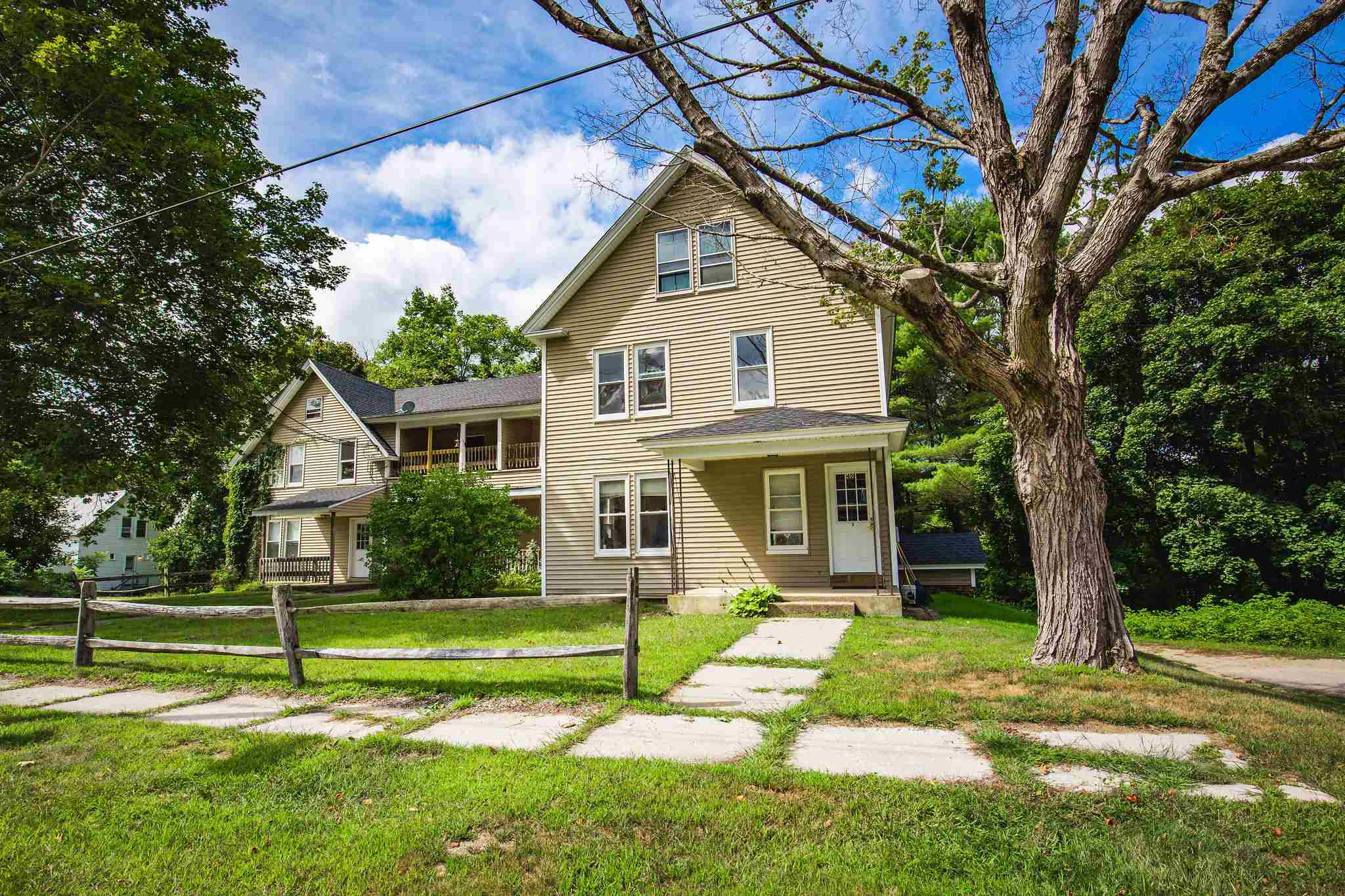MLS 4828069: 4 Bayley Avenue, Plymouth NH