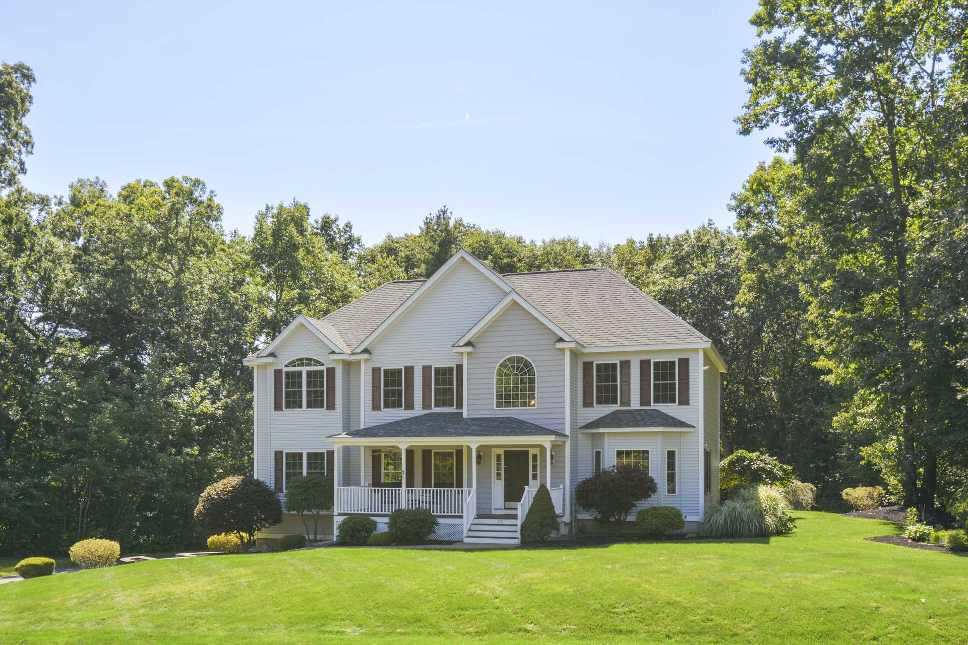 Photo of 25 Cardiff Road Windham NH 03087