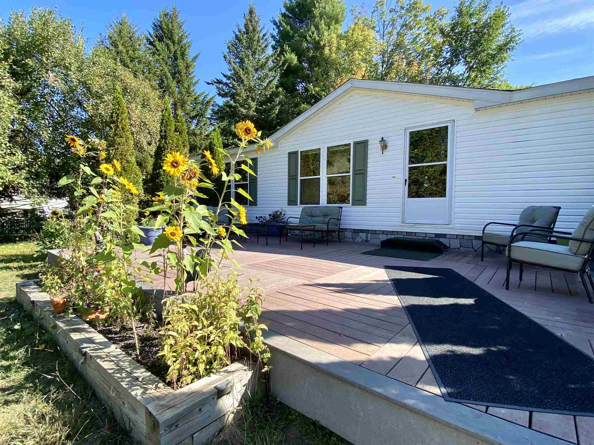 Enfield NH 03748Home for sale $List Price is $189,000