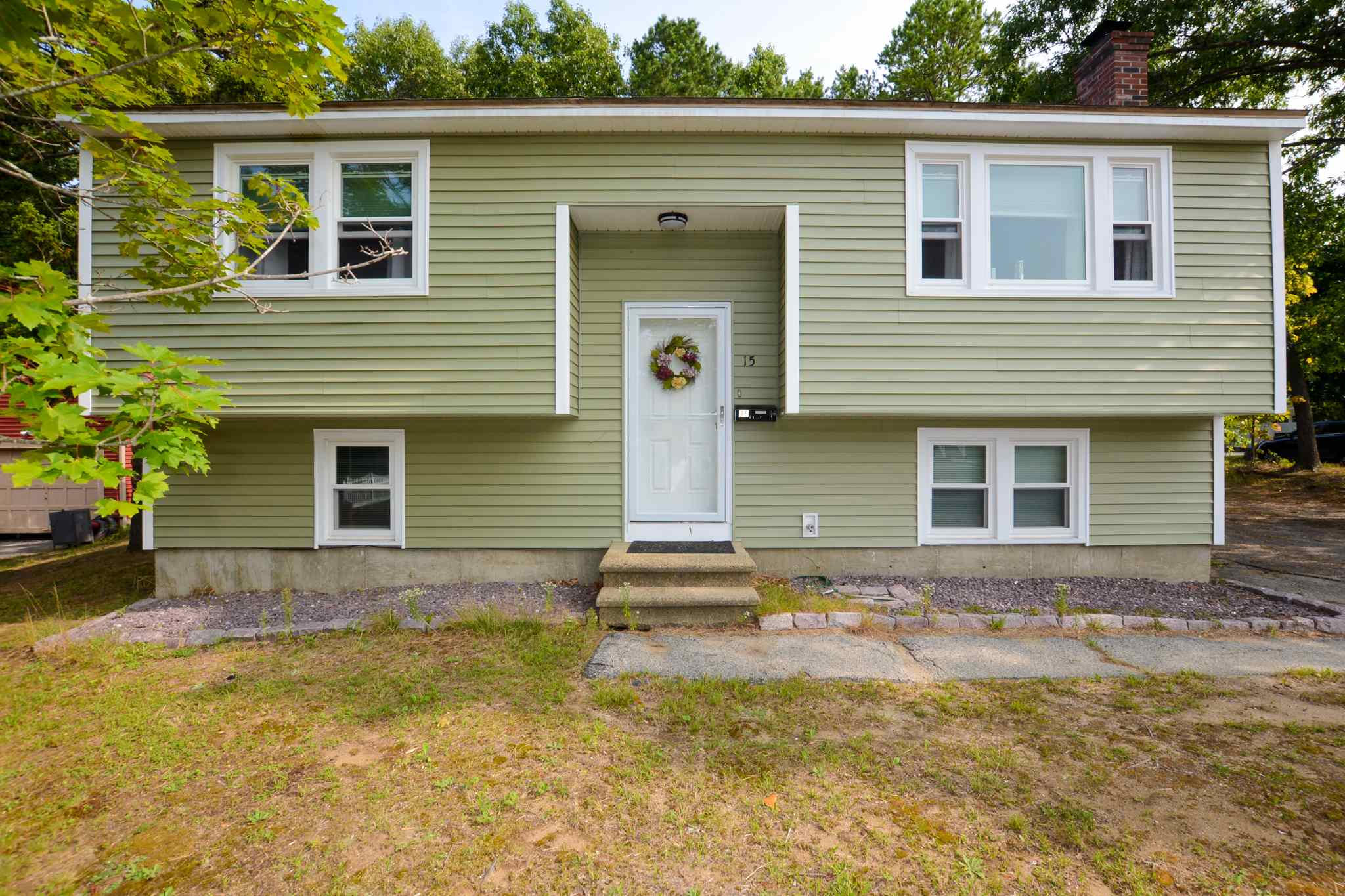 MLS 4828844: 15 Burnett Street, Nashua NH
