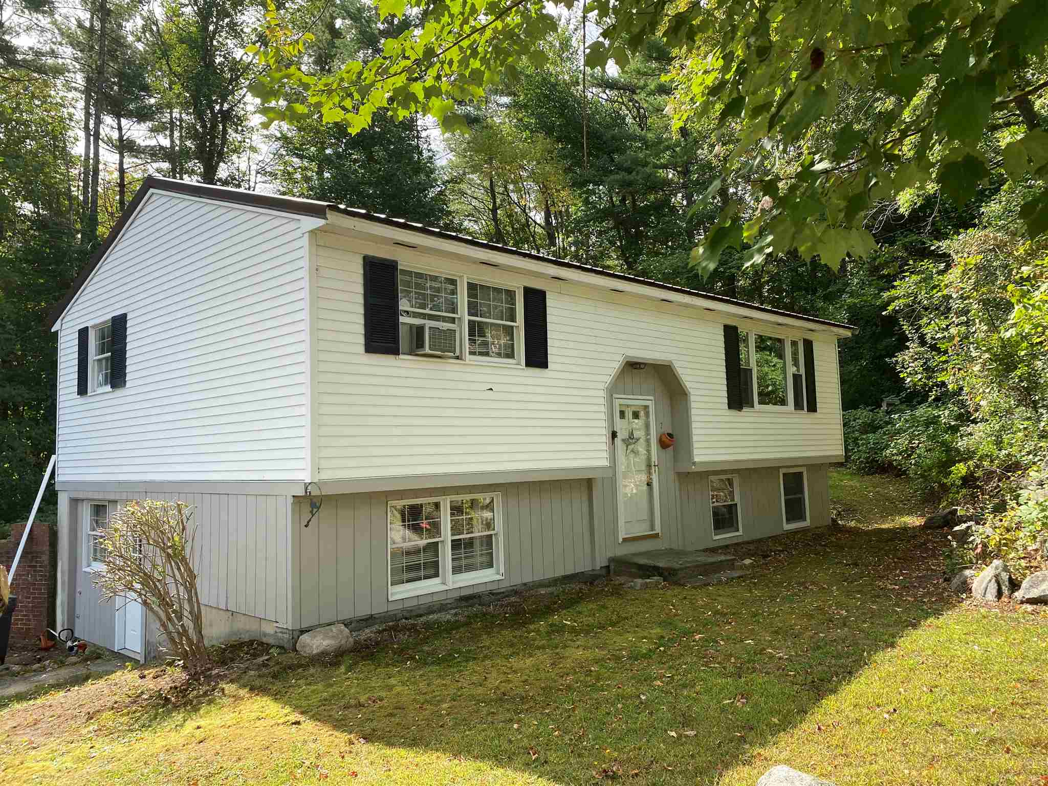 Newport NH 03773 Home for sale $List Price is $159,000