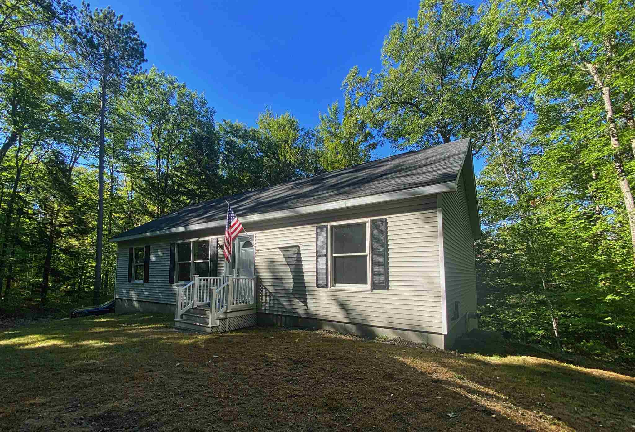 10 Huttwil Road, Madison, NH 03849