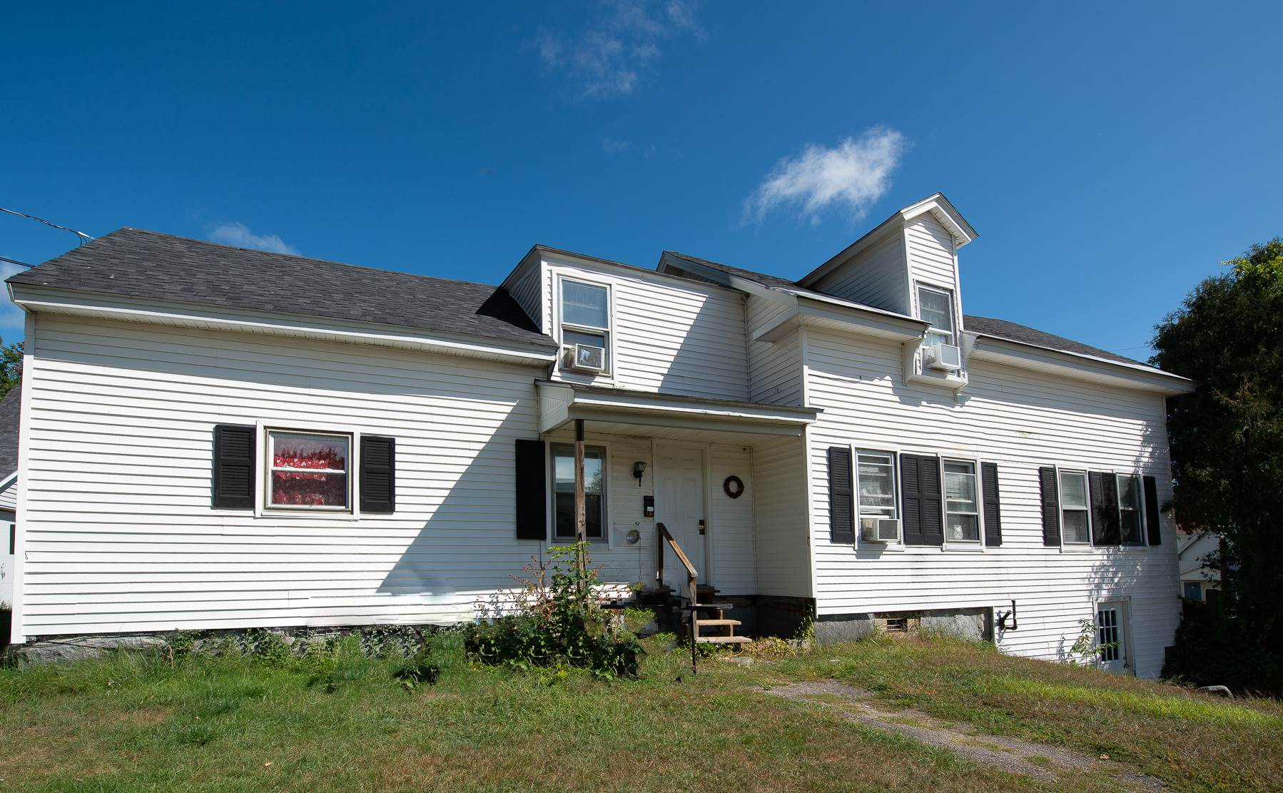 MLS 4830293: 14 Winter Street, Plymouth NH