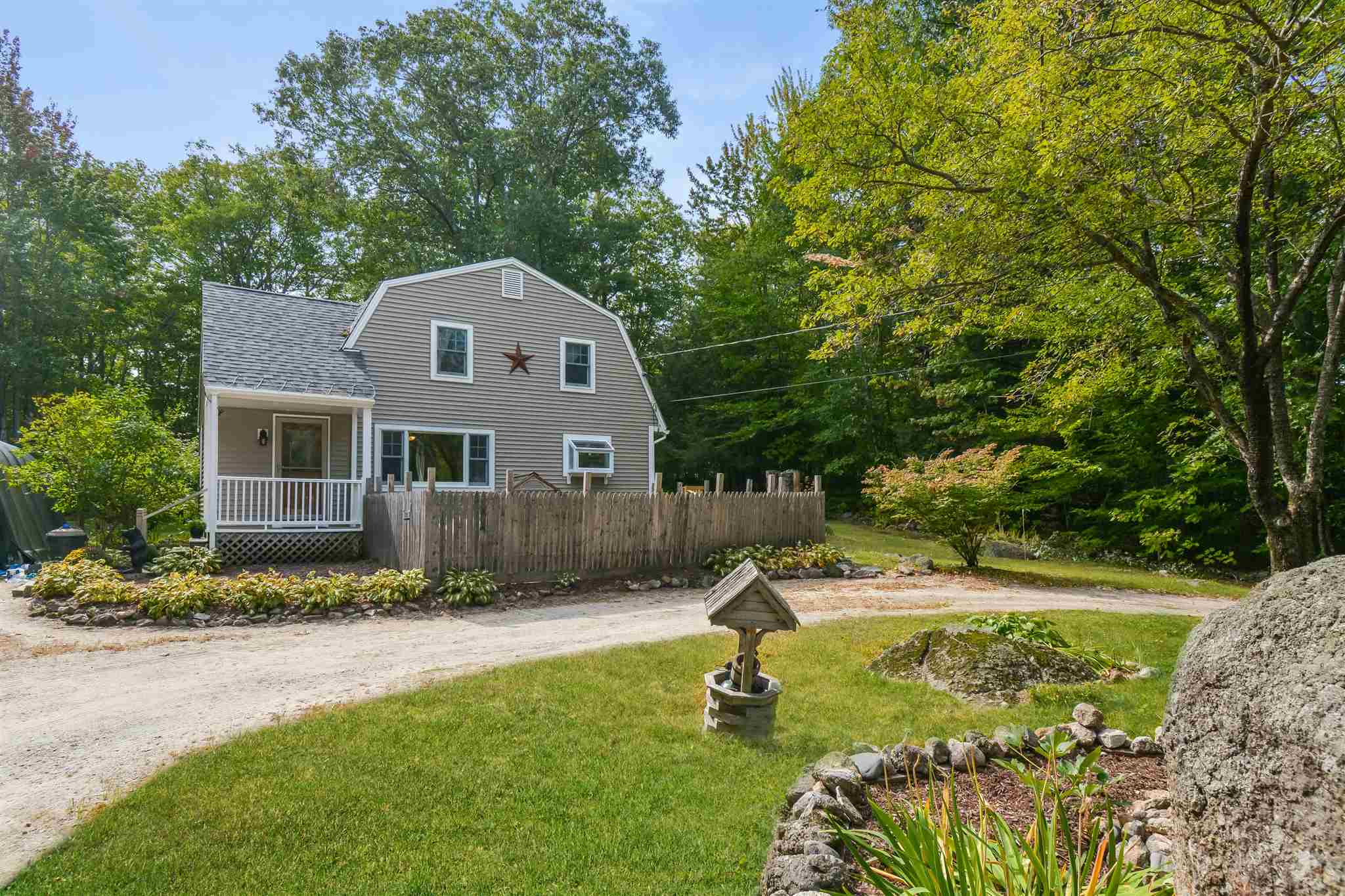 Newbury NH 03255Home for sale $List Price is $305,000