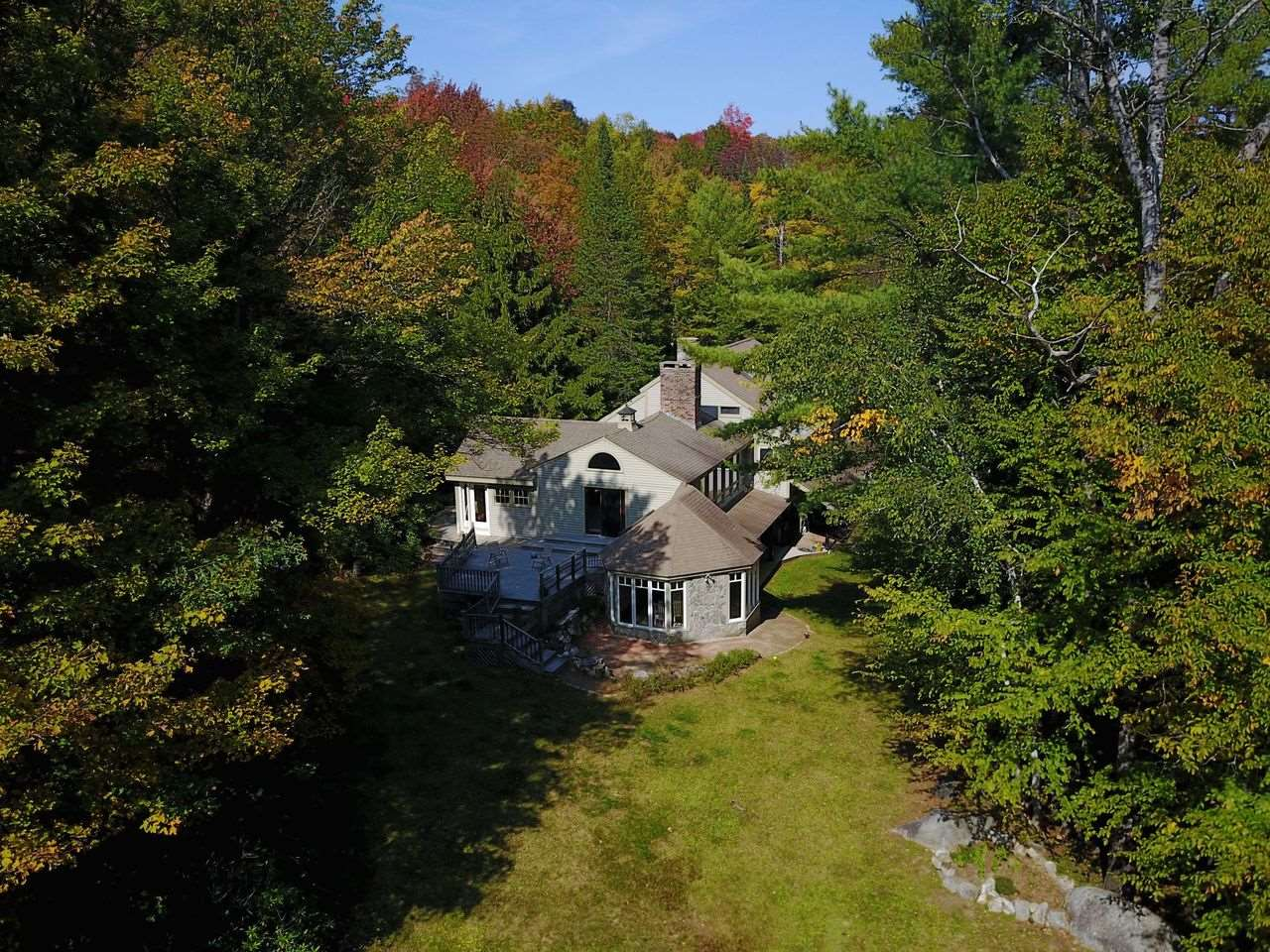 MLS 4831006: 21 QUAKER Path, Wilmot NH