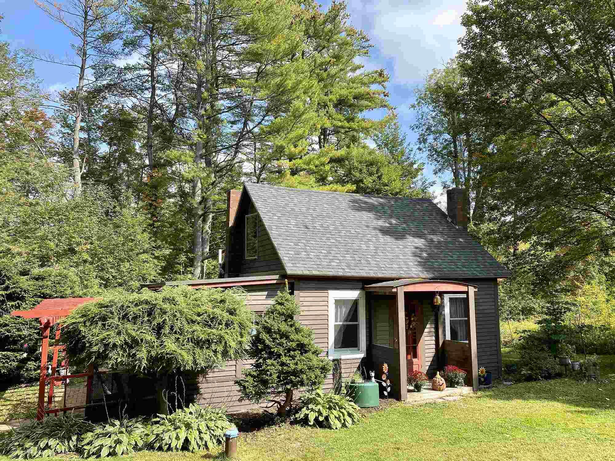 MLS 4831336: 143 Winchester Road, Chesterfield NH