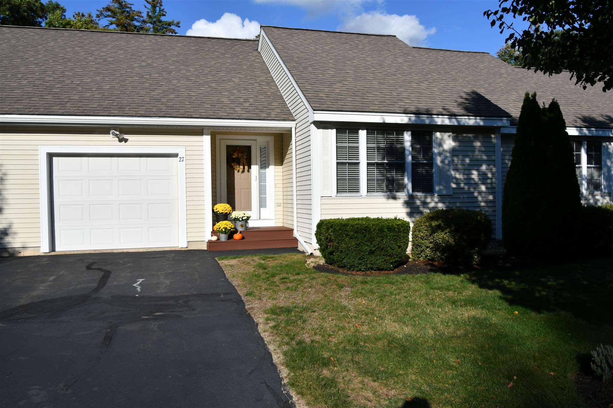 Photo of 27 Forrest Street Hampstead NH 03826