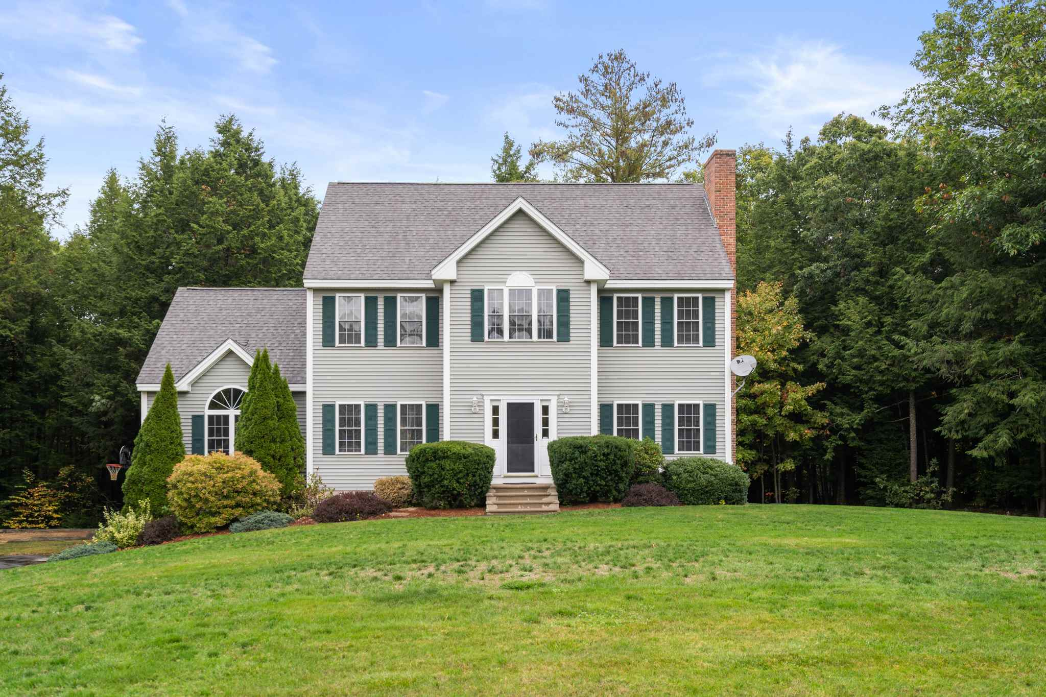 Photo of 42 Fiddlehead Lane Chester NH 03036
