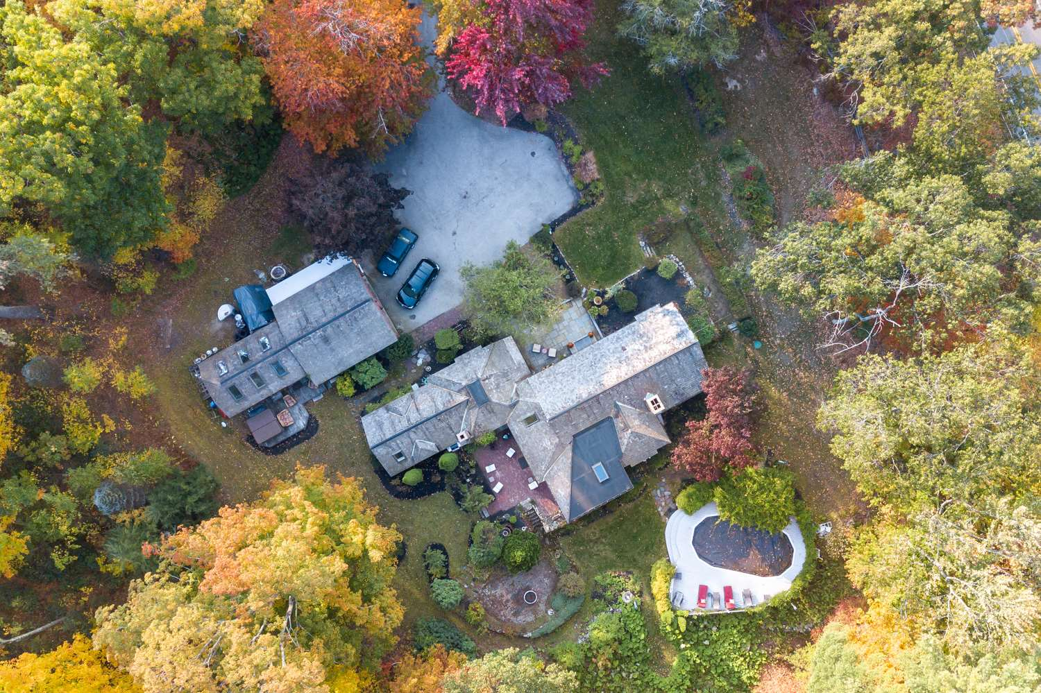 Photo of 142 N Amherst Road Bedford NH 03110