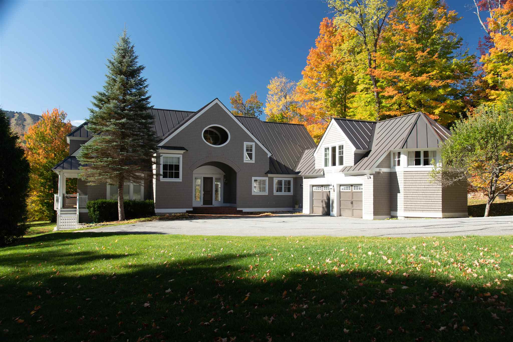 Photo of 9 Stone House Road Winhall VT 05340