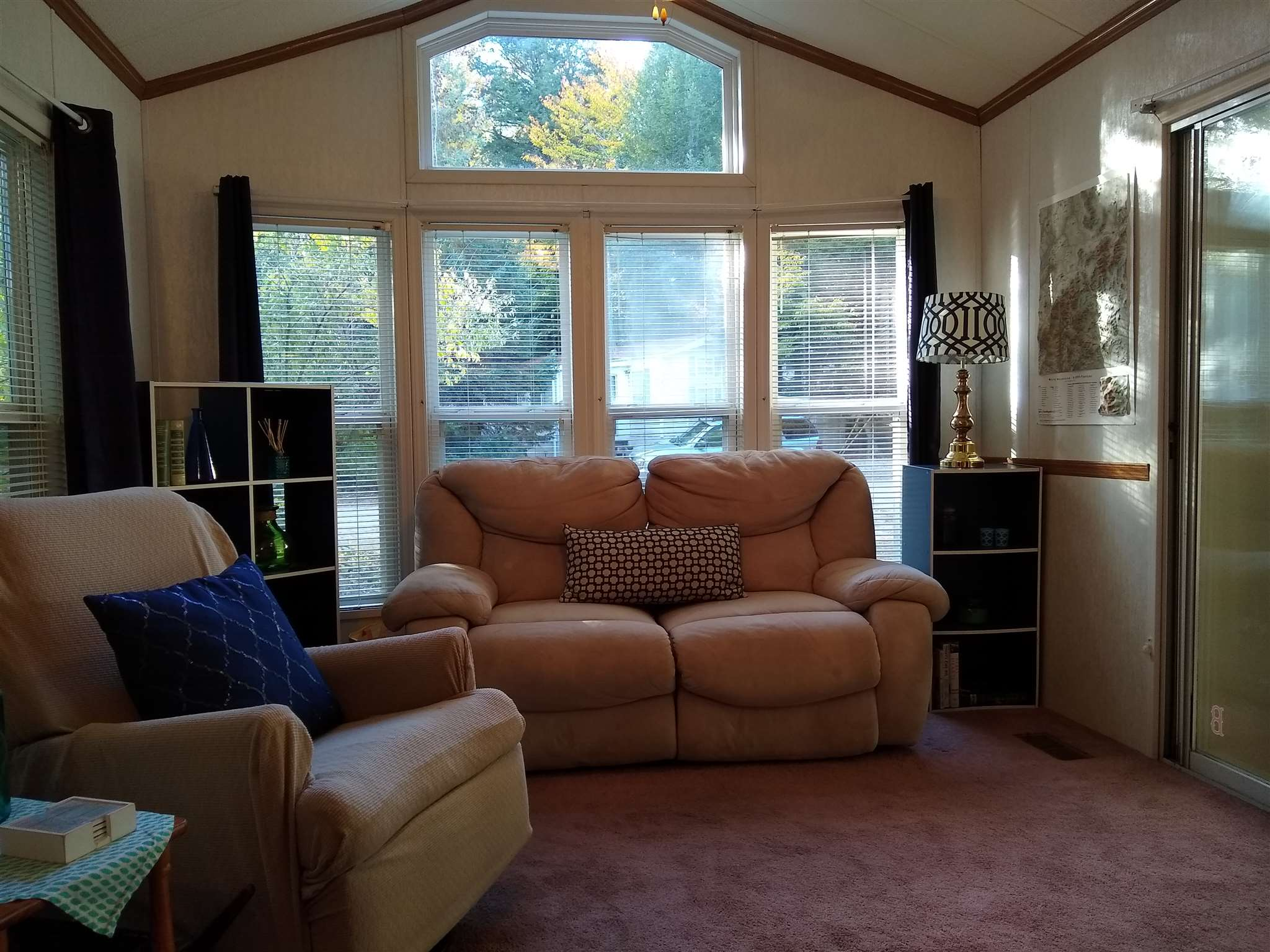 Photo of 9 Overlook Road Holderness NH 03245