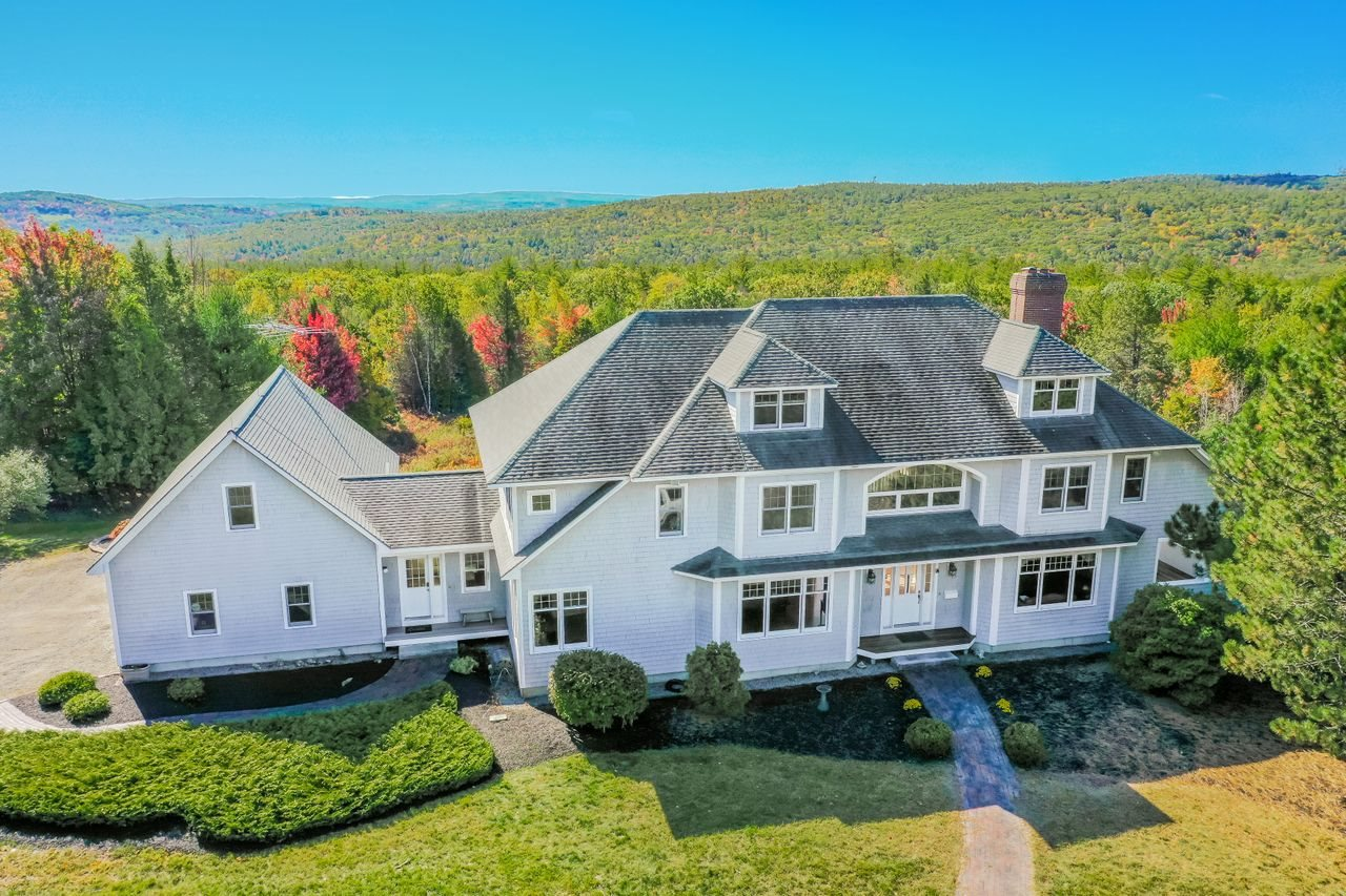 Photo of 56 Chestnut Hill Road Amherst NH 03031