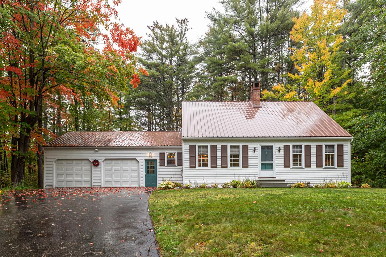 Photo of 34 Goss Drive Henniker NH 03242