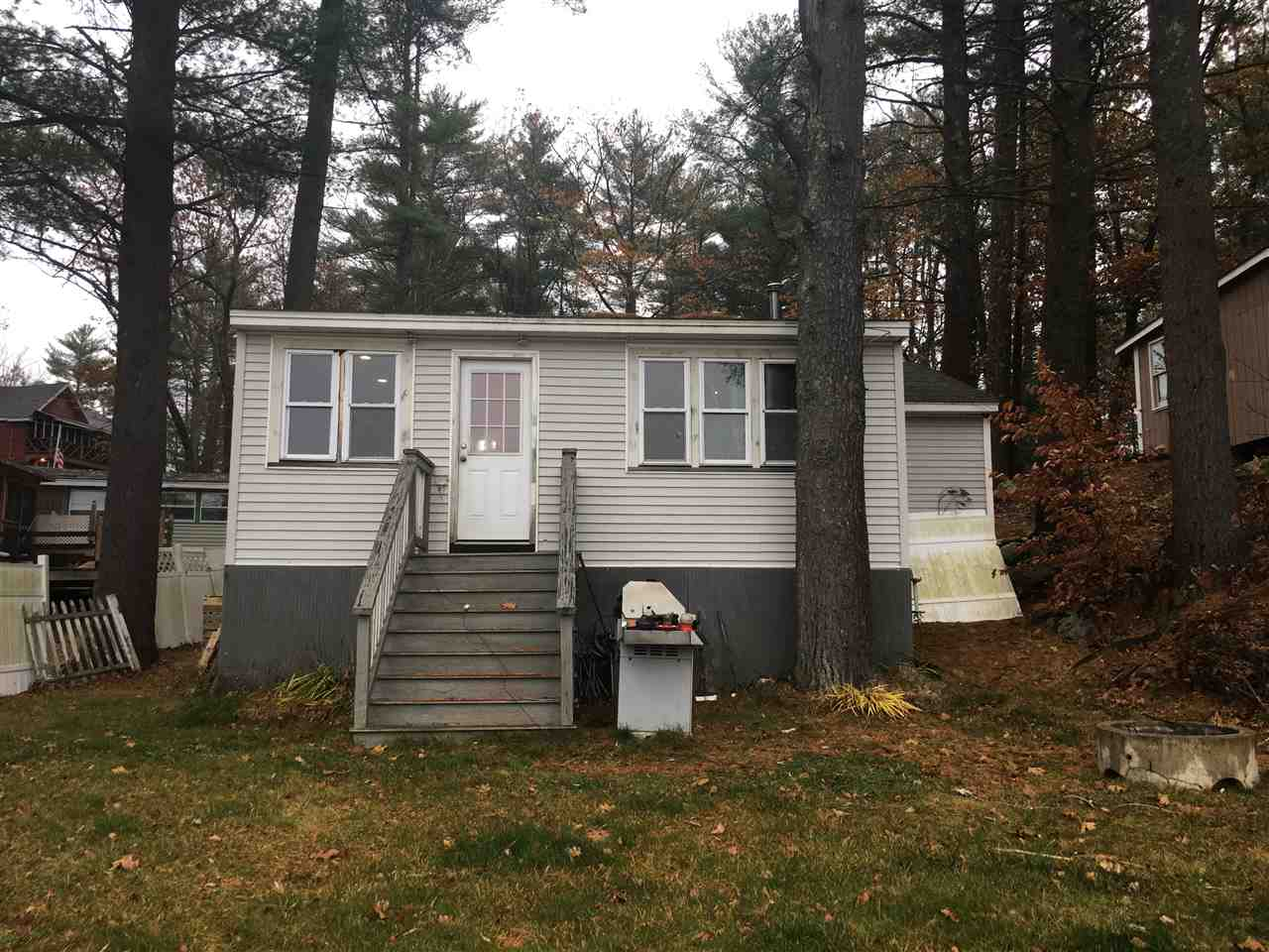 MLS 4834834: 36 Fourth Street, Kingston NH