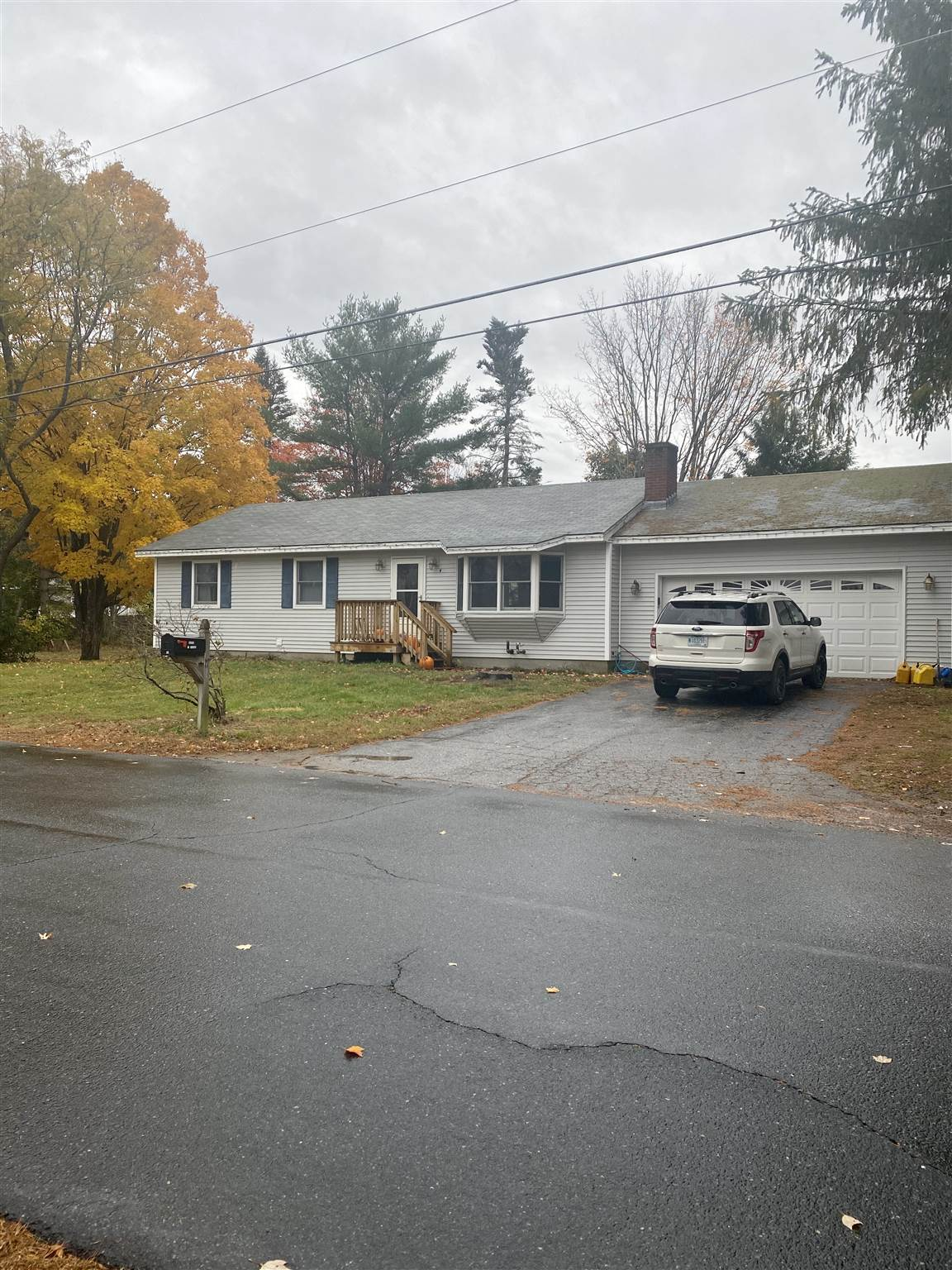 Newport NH 03773Home for sale $List Price is $199,900