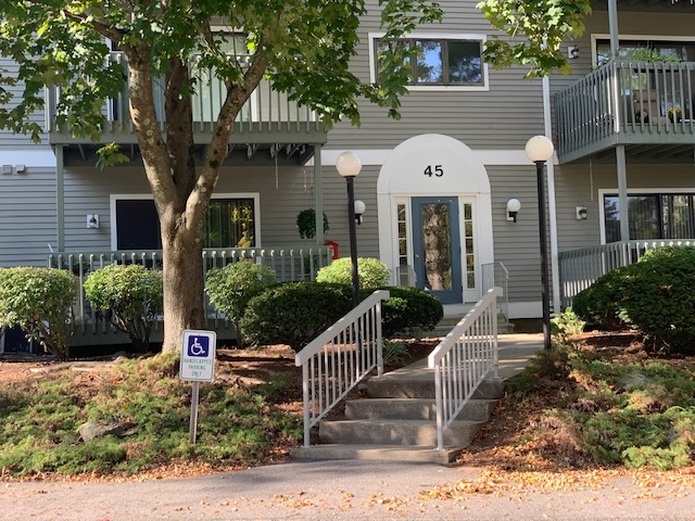 MLS 4835376: 45 Dogwood Drive-Unit 301, Nashua NH