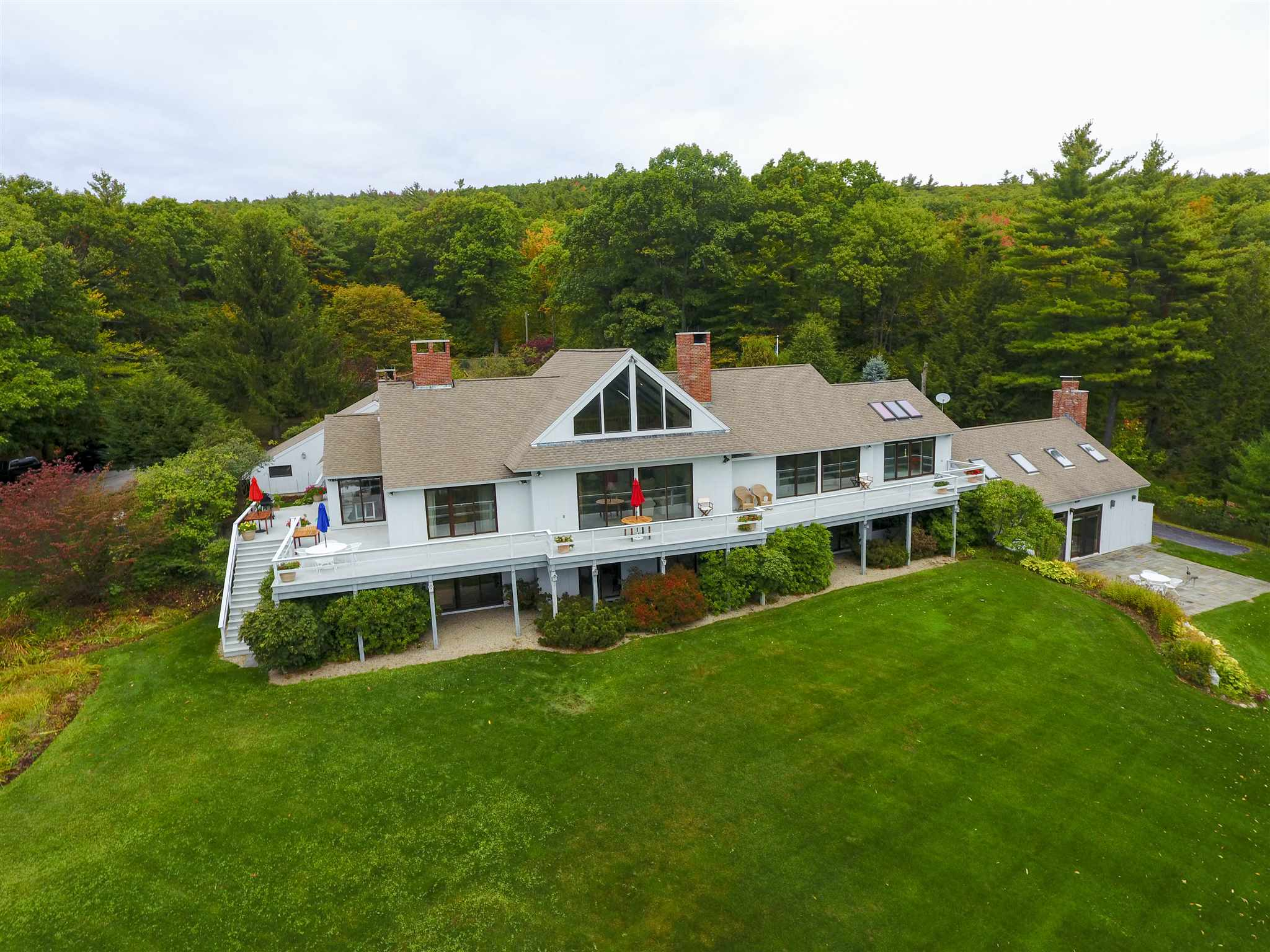 Photo of 206 Pinnacle Road Lyndeborough NH 03082