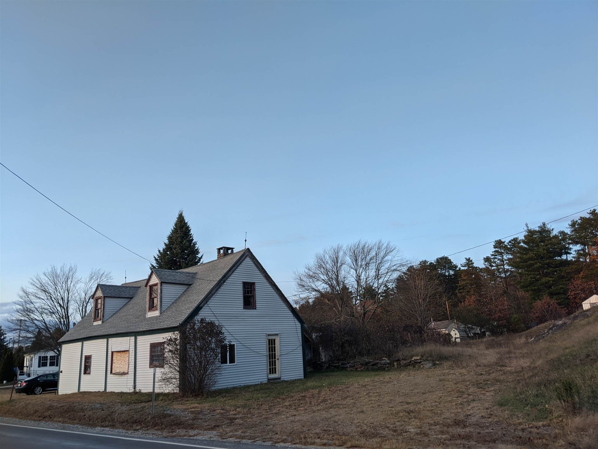 Real Estate  in Raymond NH