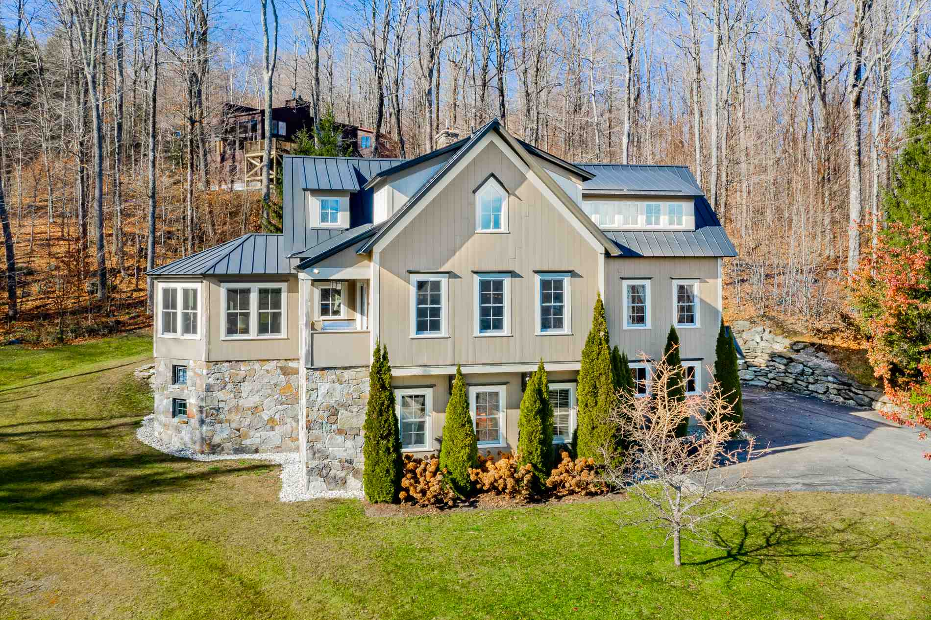 Photo of 17 West Branch Road Winhall VT 05340