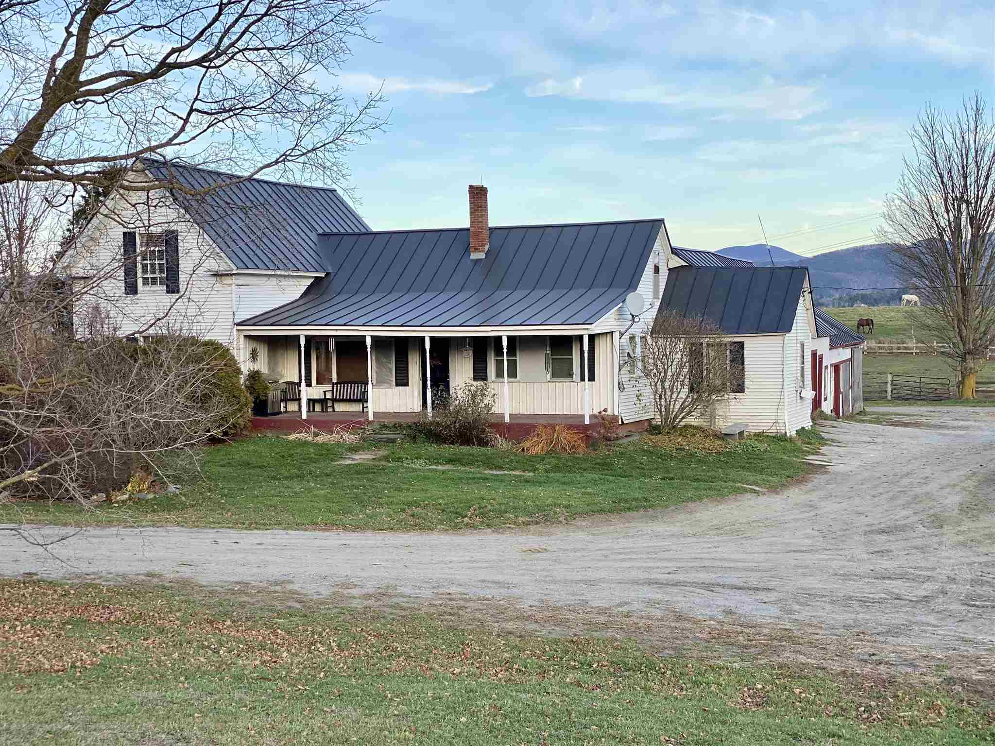 Photo of 89 Lower Usle Road Barre Town VT 05641