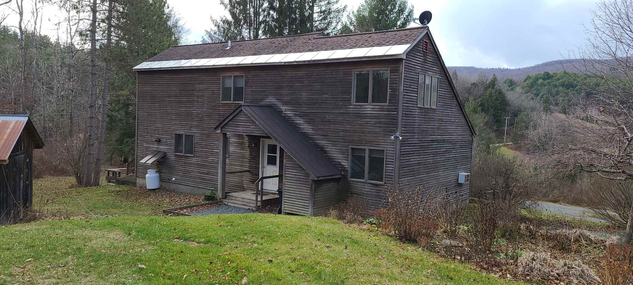 Hartford VT 05001 Home for sale $List Price is $289,900