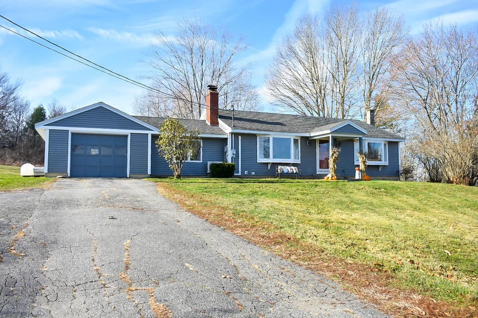 Photo of 18 Homestead Road Alstead NH 03602