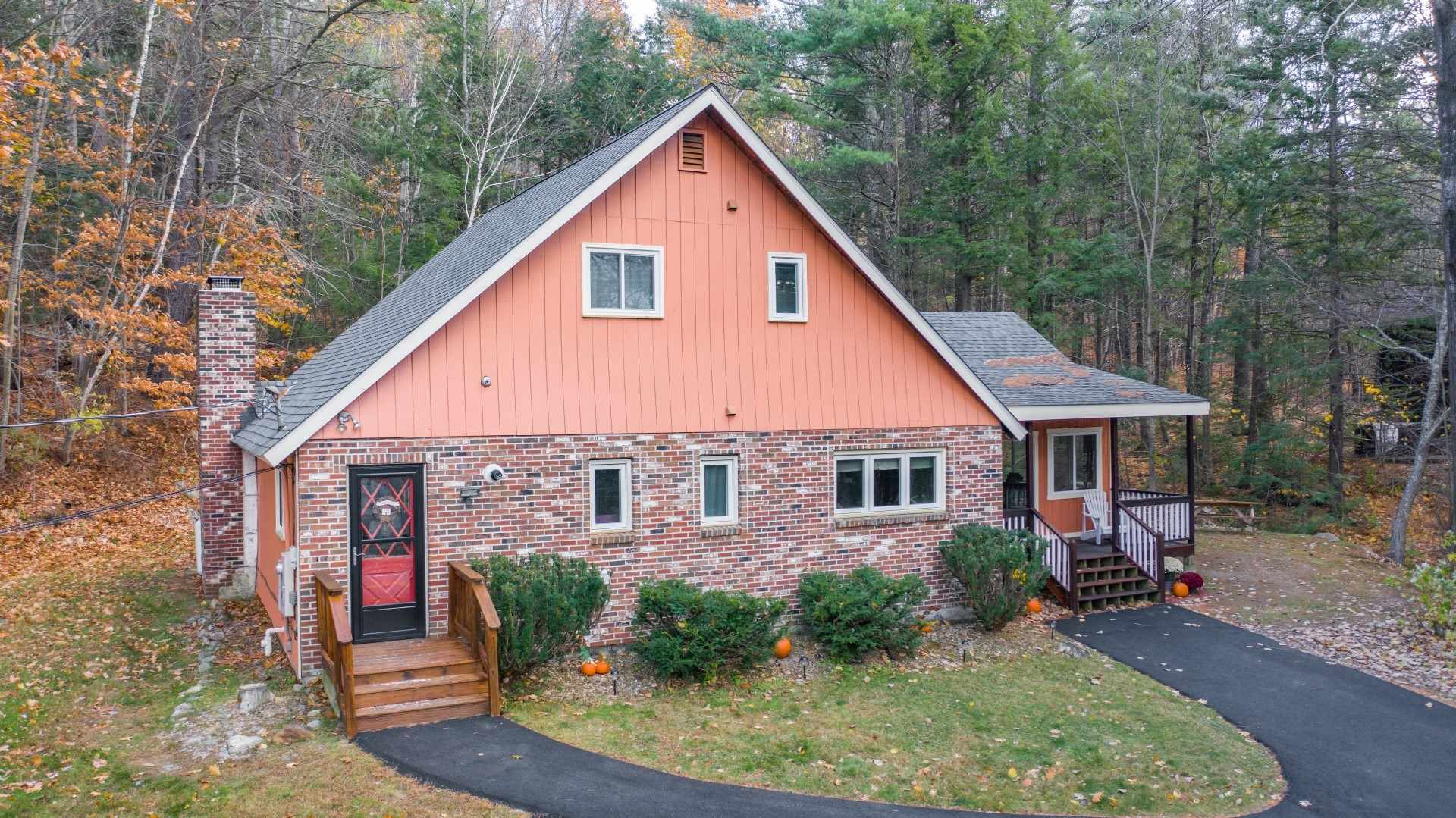 GILFORD NH Home for sale $$325,000 | $166 per sq.ft.