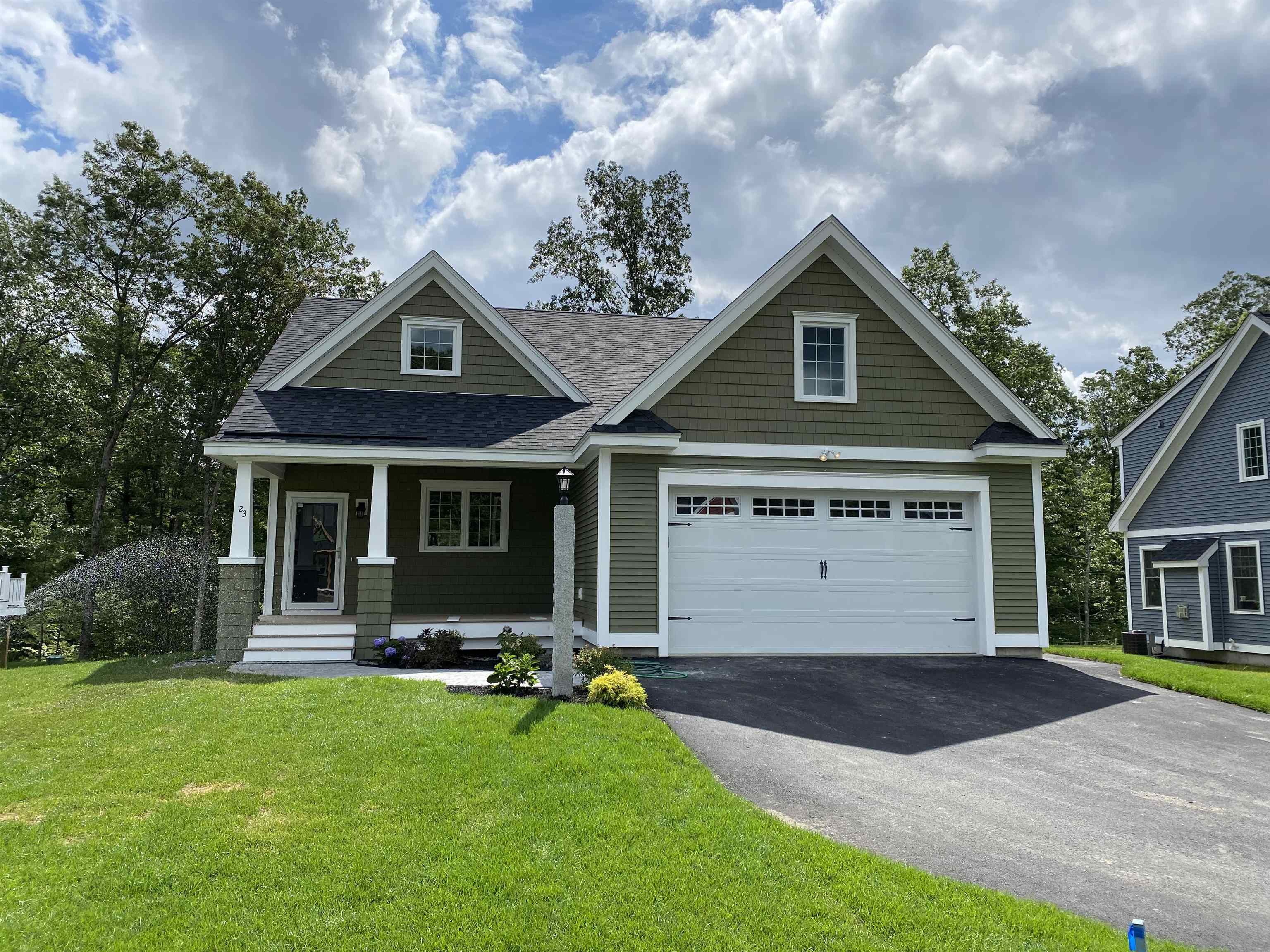 Photo of 23 Clover Lane Londonderry NH 03053
