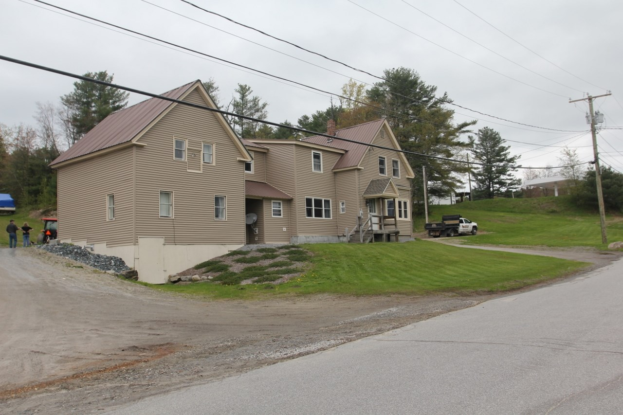 Sunapee NH 03782Home for sale $List Price is $289,000