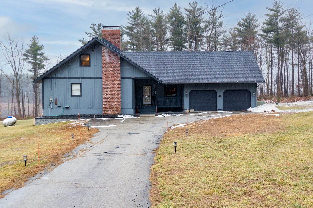 Photo of 93 Governor Dinsmore Road Windham NH 03087