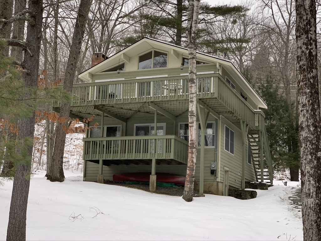 Village of Quechee in Town of Hartford VT  05059 Home for sale $List Price is $325,000