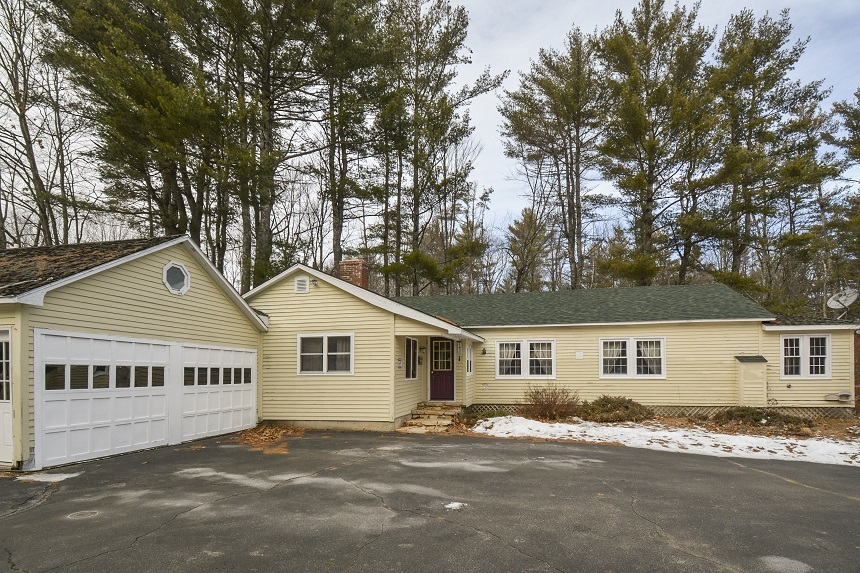 GILFORD NH Home for sale $$265,000 | $161 per sq.ft.