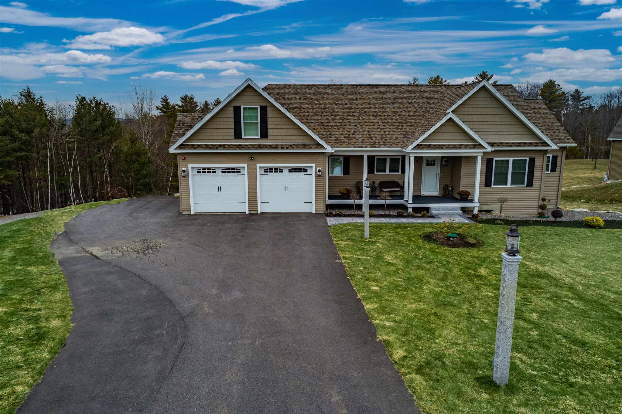GILFORD NH Home for sale $$725,000 | $289 per sq.ft.