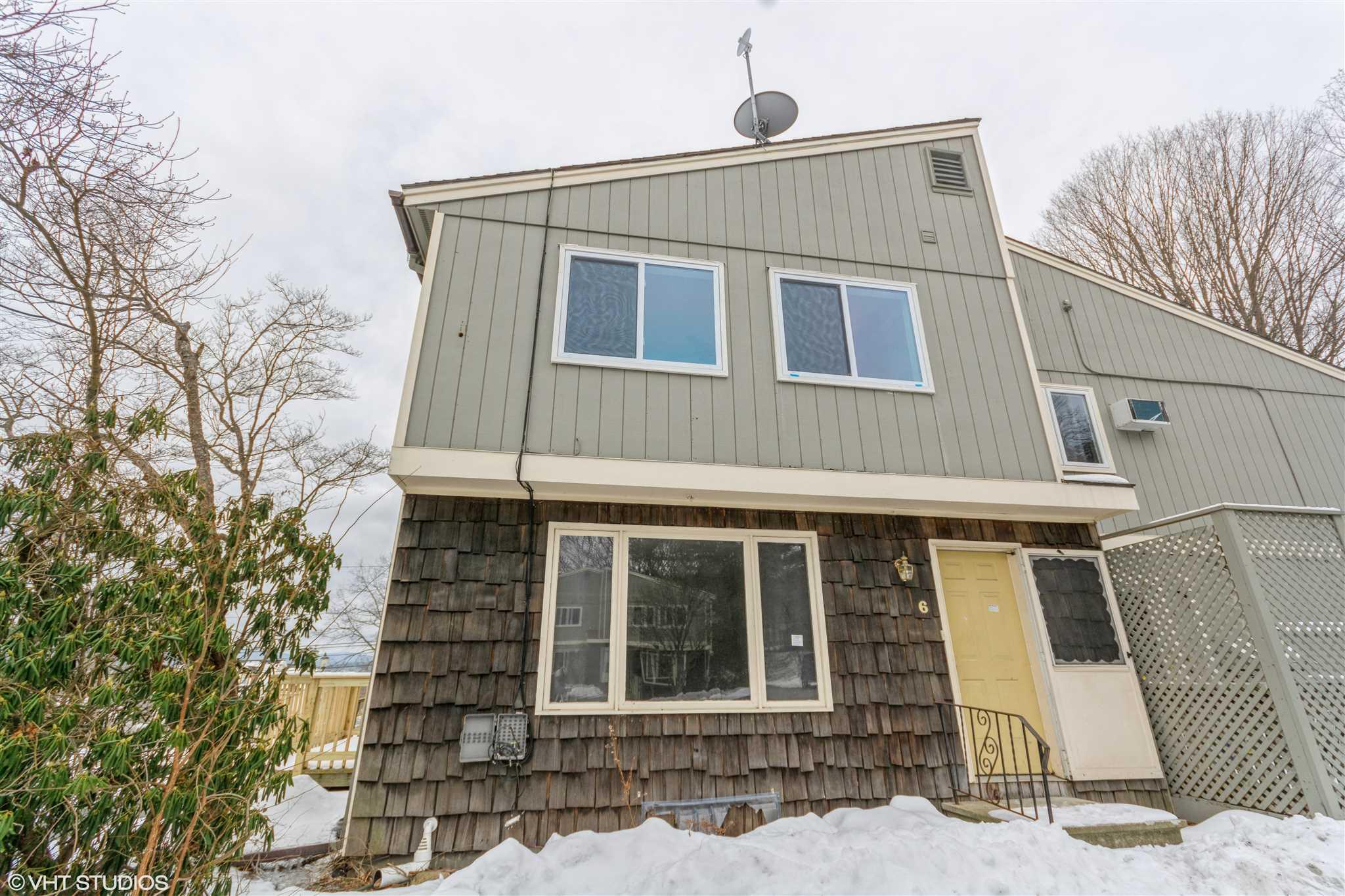 Real Estate  in Hartford VT