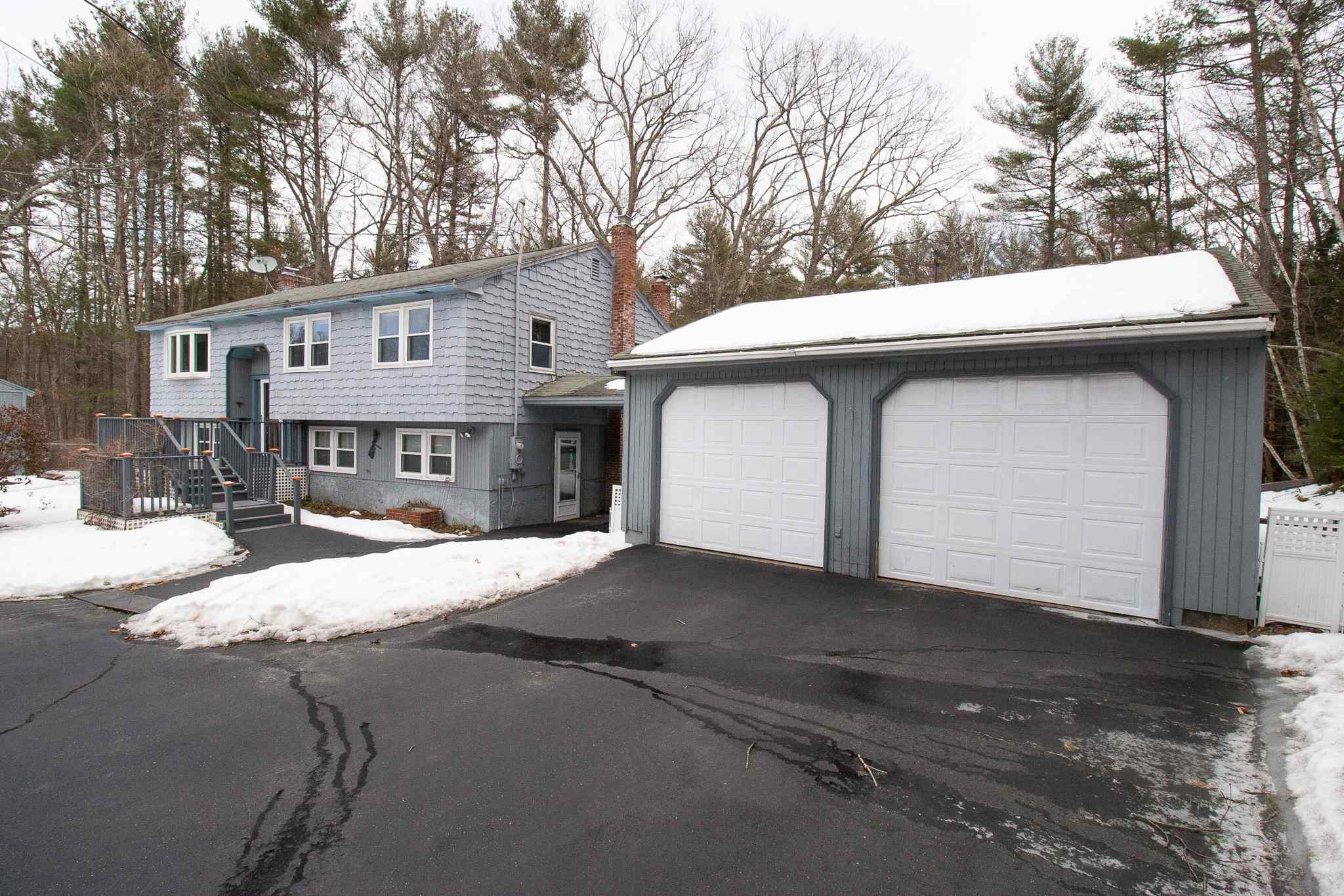 Photo of 16 Pleasant Drive Londonderry NH 03053