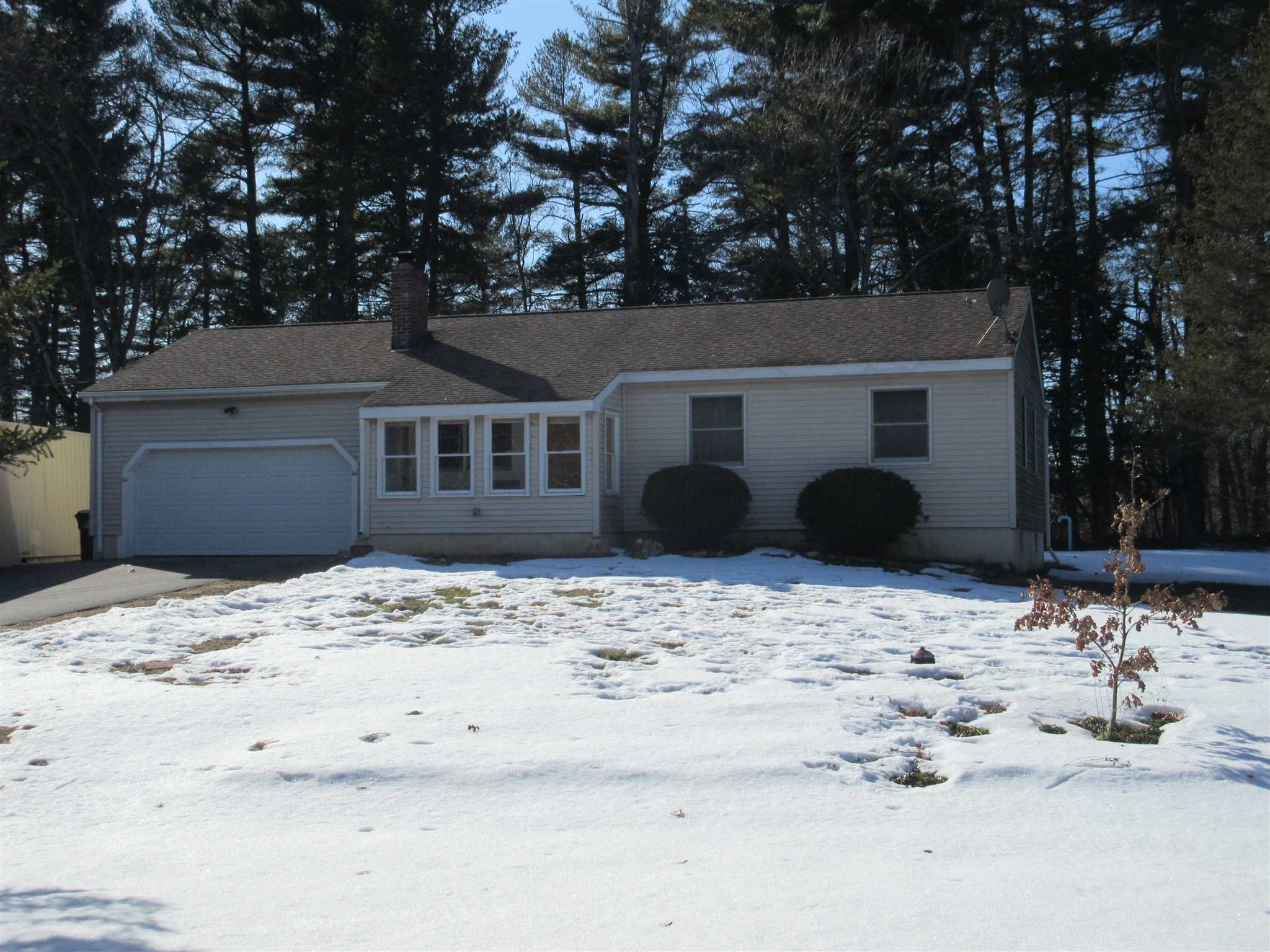 MLS 4849577: 64 Gowing Road, Hudson NH
