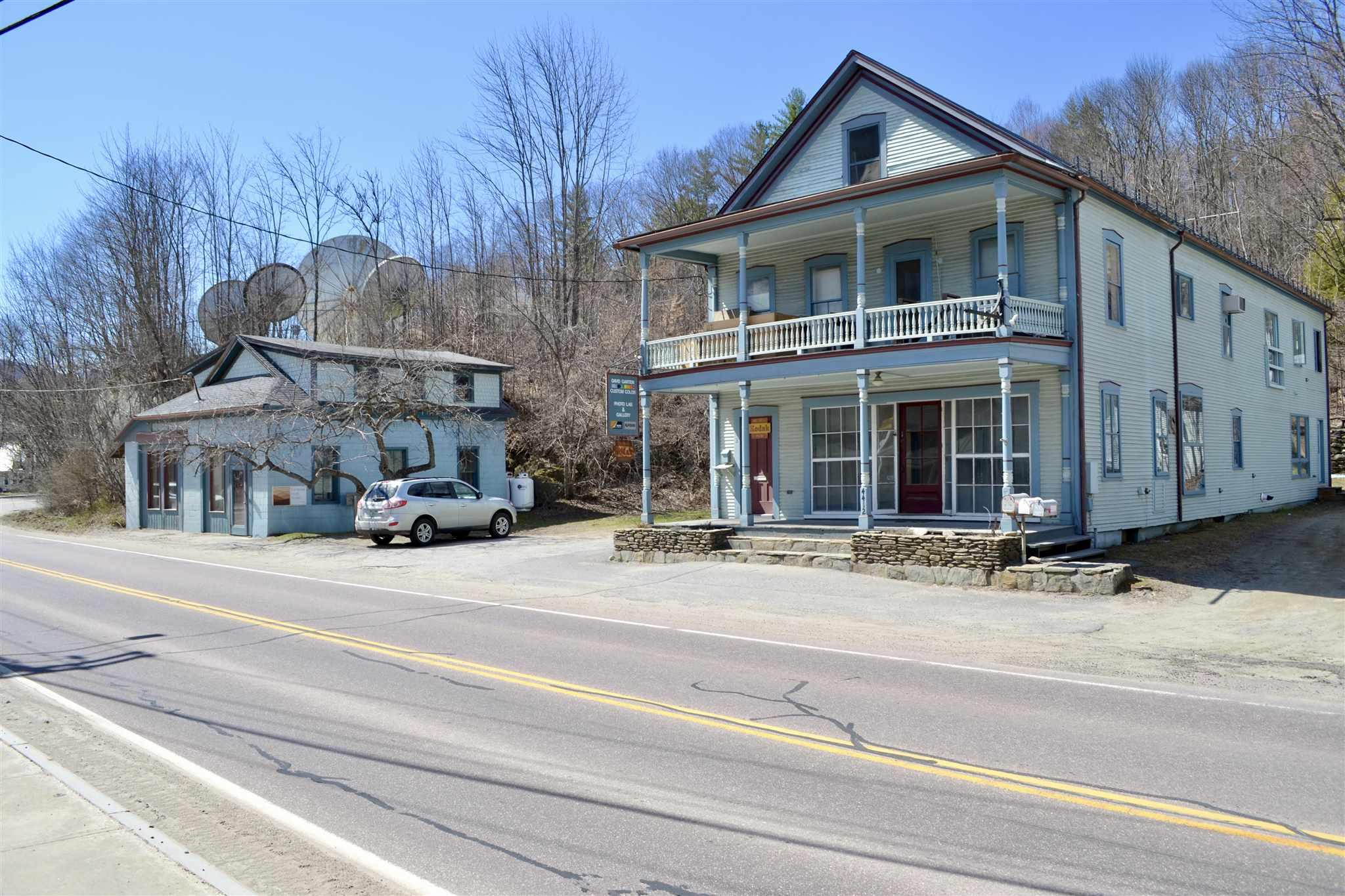 4412 Main Street